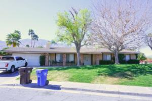 889 N Camino Condor, Palm Springs, CA 92262