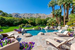 Property for sale at 475 S Via Las Palmas, Palm Springs,  California 92262