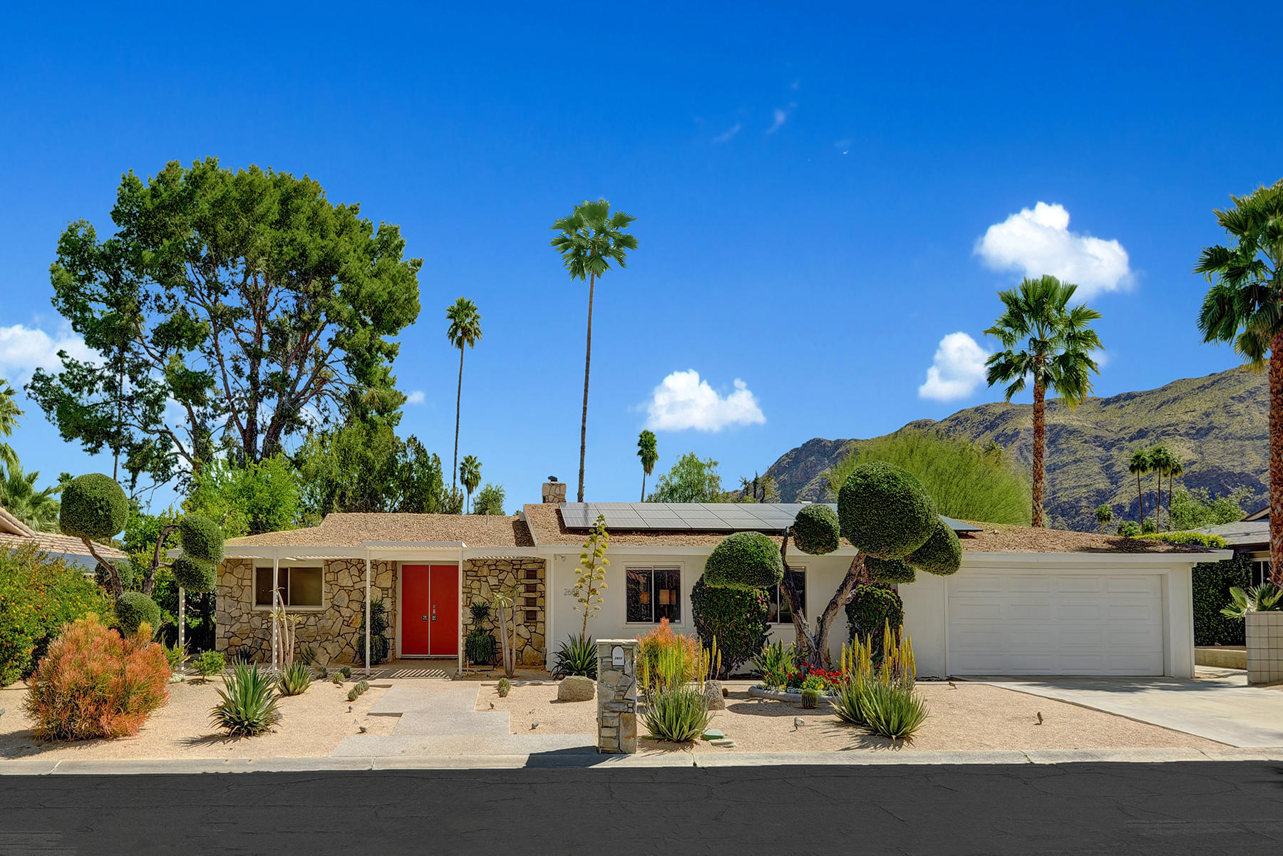 Photo of 2688 S Camino Real, Palm Springs, CA 92264