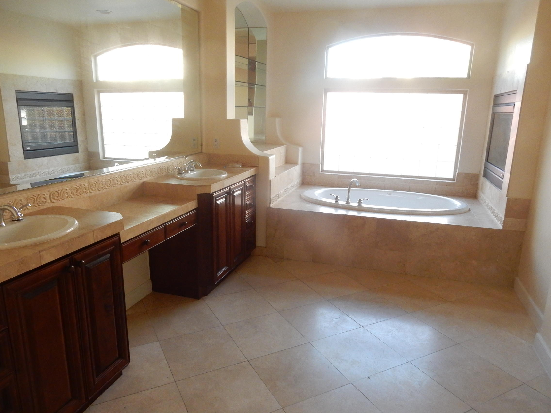 18 Porto Cielo Court, Rancho Mirage, California 92270, 4 Bedrooms Bedrooms, ,4 BathroomsBathrooms,Residential,For Sale,18 Porto Cielo Court,219041337
