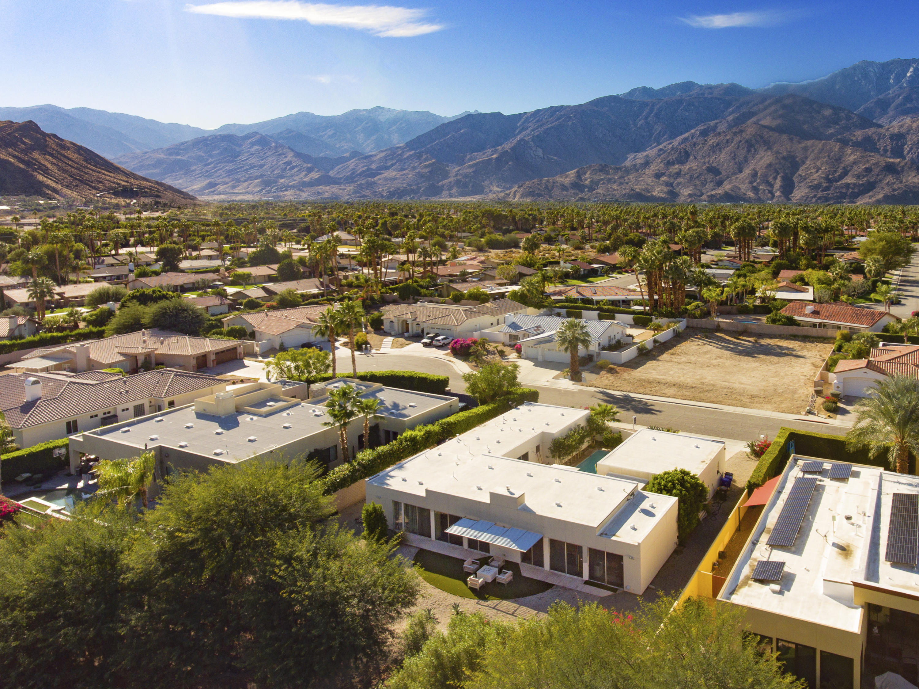 1490 Sonora Court, Palm Springs, California 92264, 4 Bedrooms Bedrooms, ,4 BathroomsBathrooms,Residential,For Sale,1490 Sonora Court,219041381