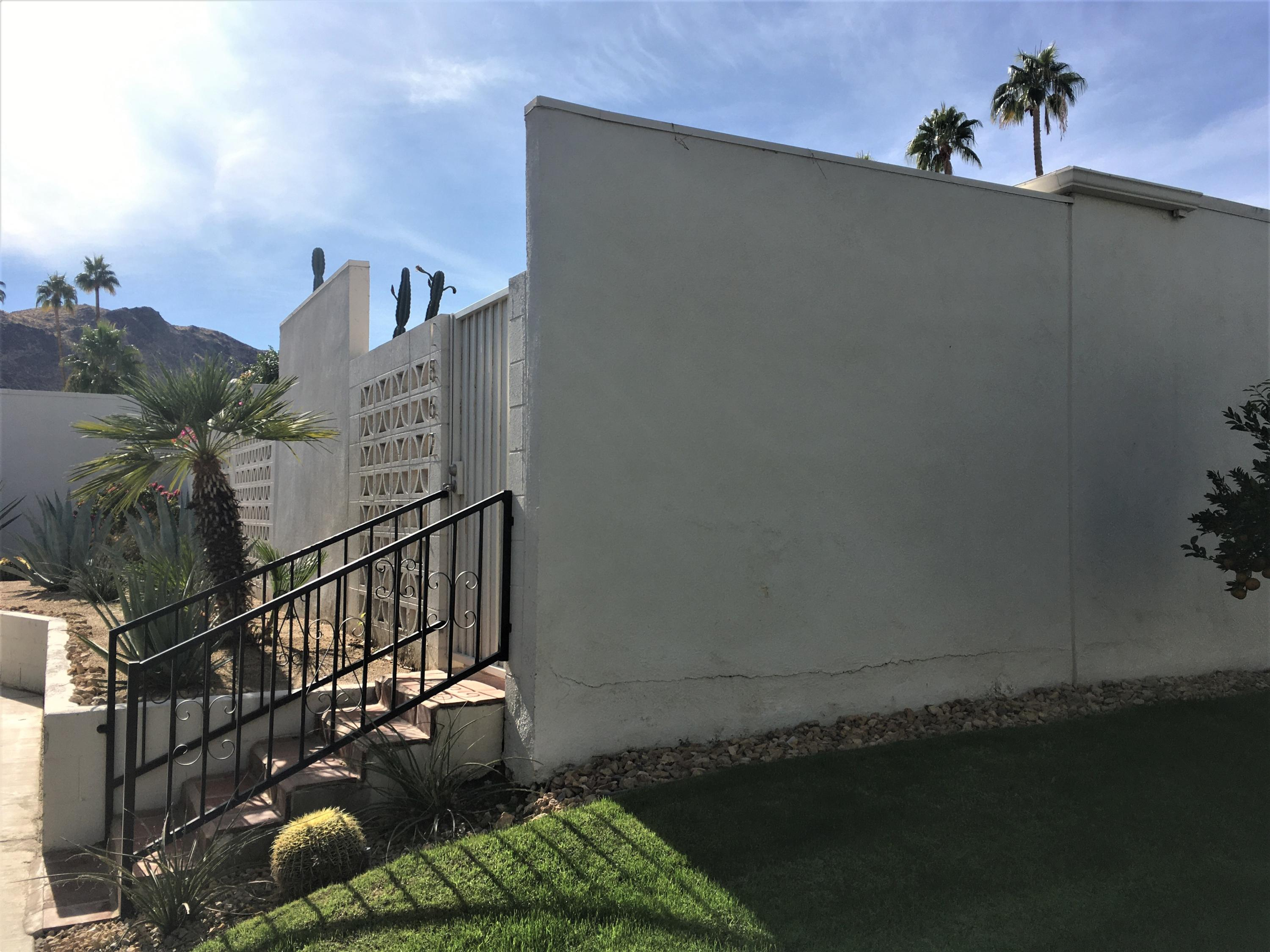 1862 Sandcliff Road, Palm Springs, California 92264, 2 Bedrooms Bedrooms, ,2 BathroomsBathrooms,Residential,For Sale,1862 Sandcliff Road,219041503