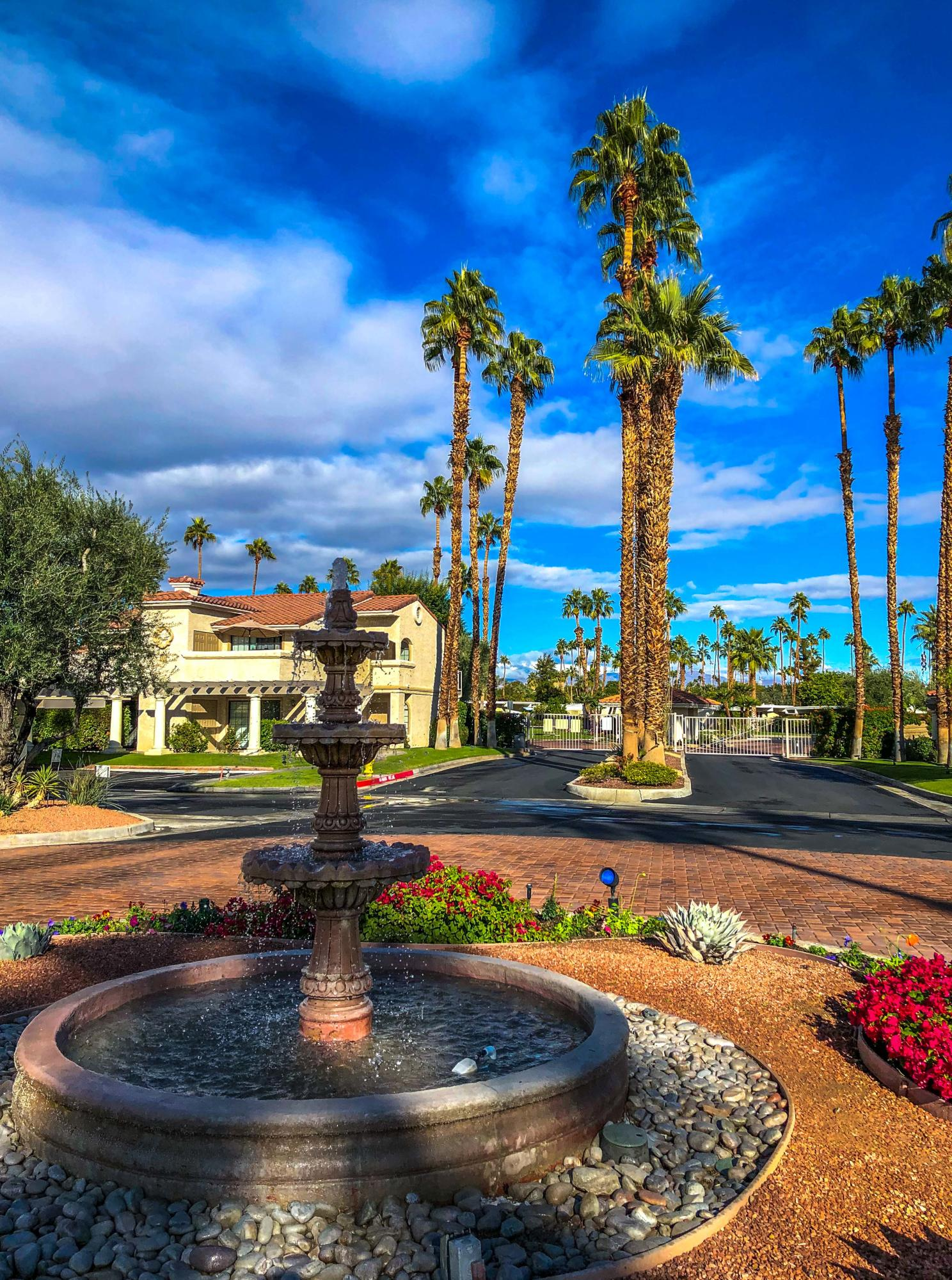 2001 E Camino Parocela, Palm Springs, California 92264, 1 Bedroom Bedrooms, ,1 BathroomBathrooms,Residential,For Sale,2001 E Camino Parocela,219041522