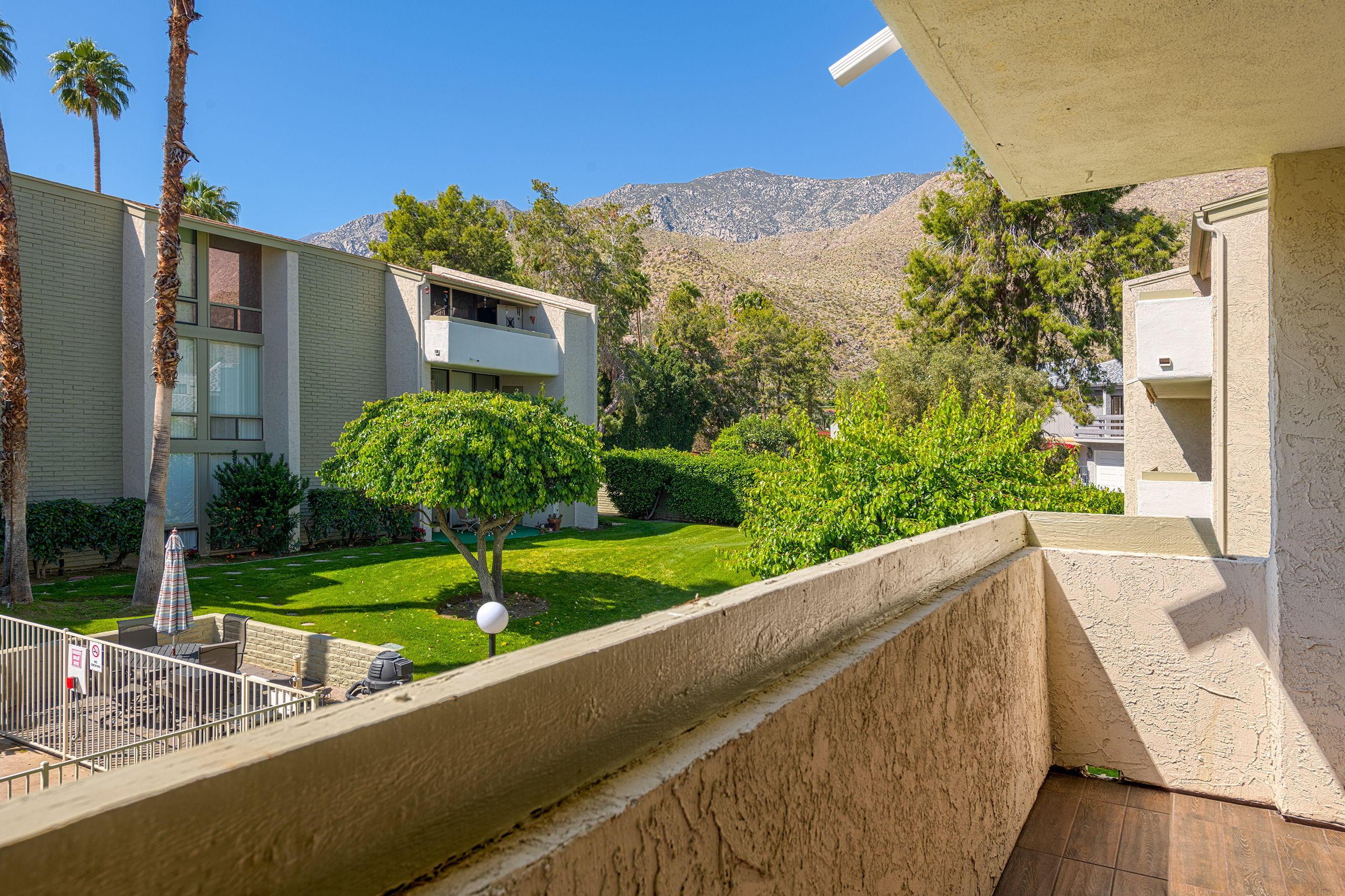 251 E La Verne Way, Palm Springs, California 92264, 2 Bedrooms Bedrooms, ,2 BathroomsBathrooms,Residential,For Sale,251 E La Verne Way,219041637
