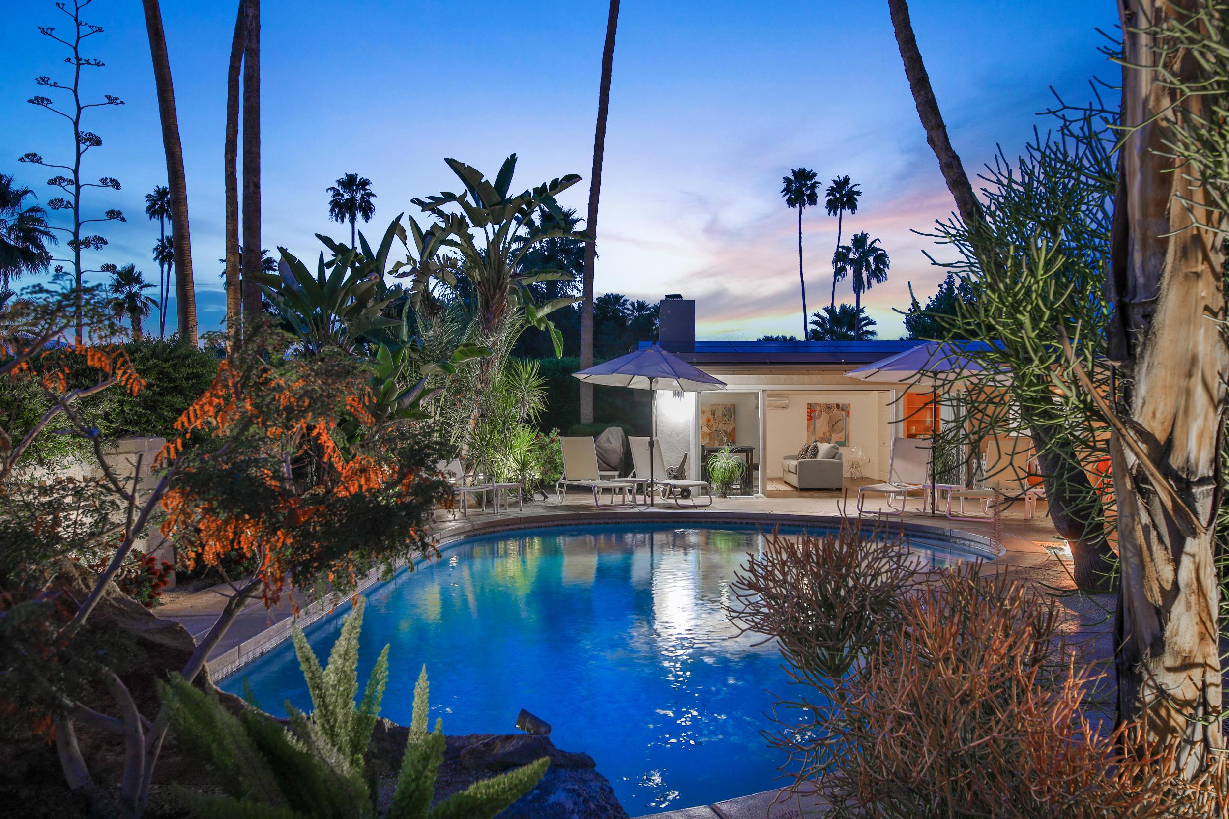 Photo of 1223 E San Lorenzo Road, Palm Springs, CA 92264