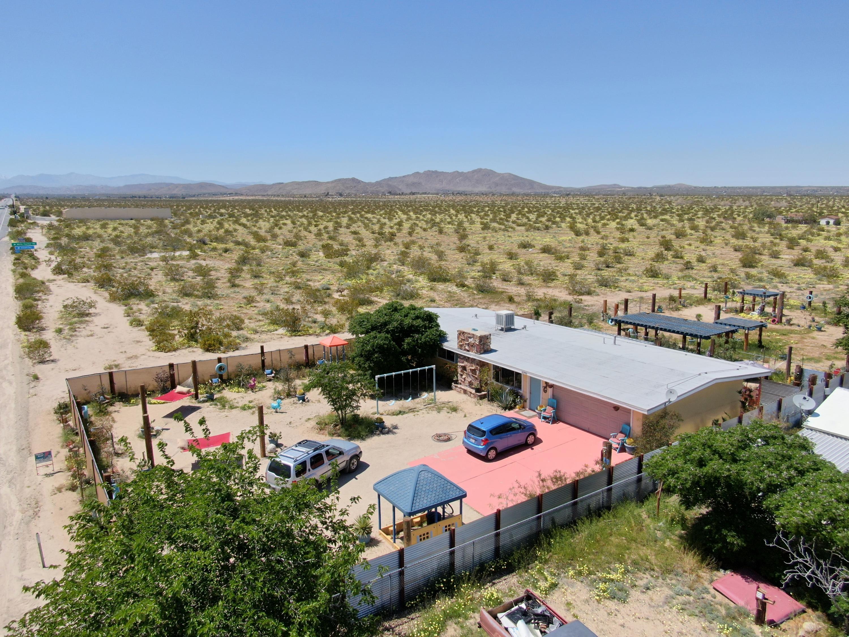 63700 29 Palms Highway, Joshua Tree, California 92252, 3 Bedrooms Bedrooms, ,2 BathroomsBathrooms,Residential,For Sale,63700 29 Palms Highway,219042675