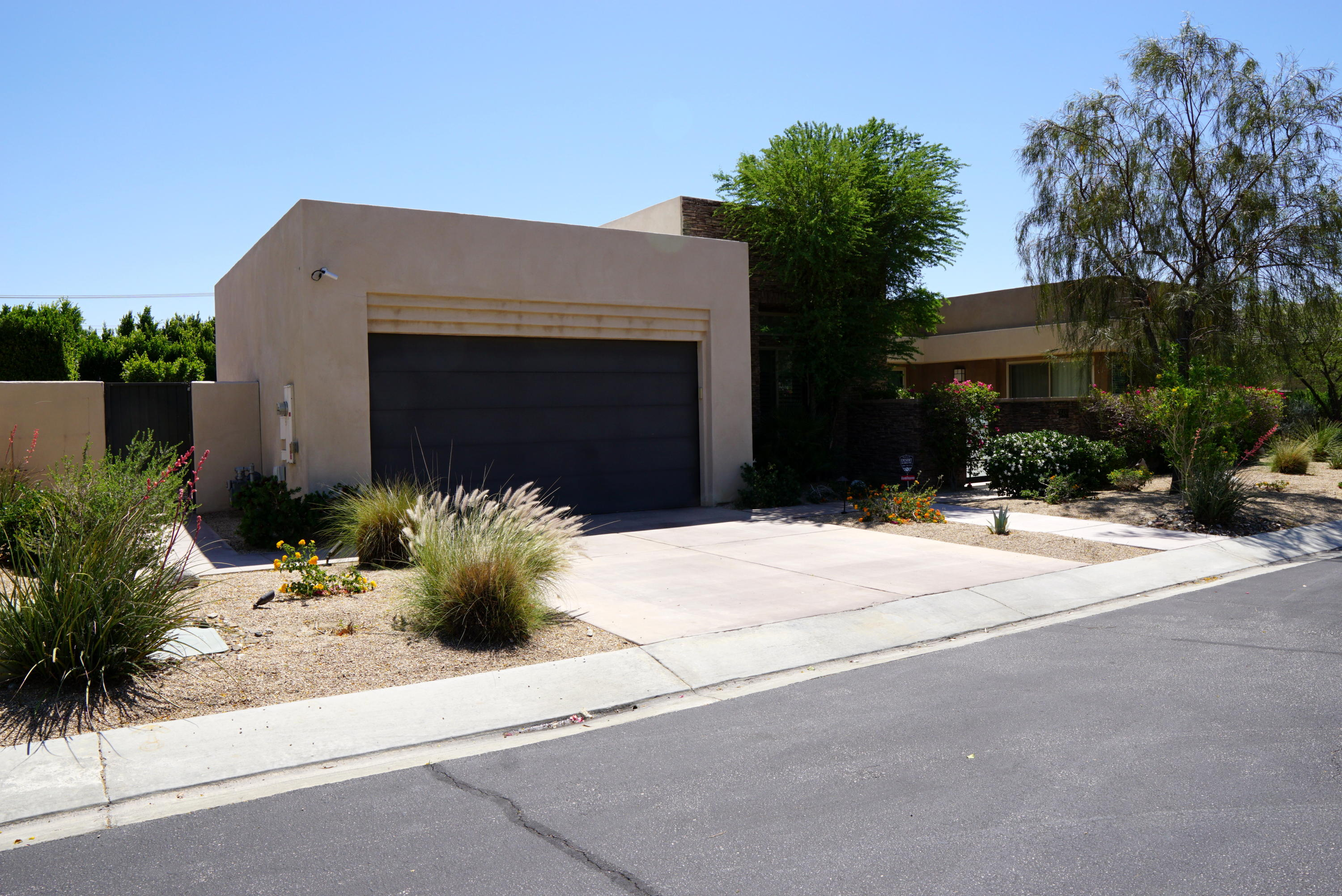 Photo of 2648 Isabella Way, Palm Springs, CA 92262