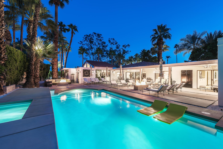 Photo of 246 W Vereda Norte, Palm Springs, CA 92262