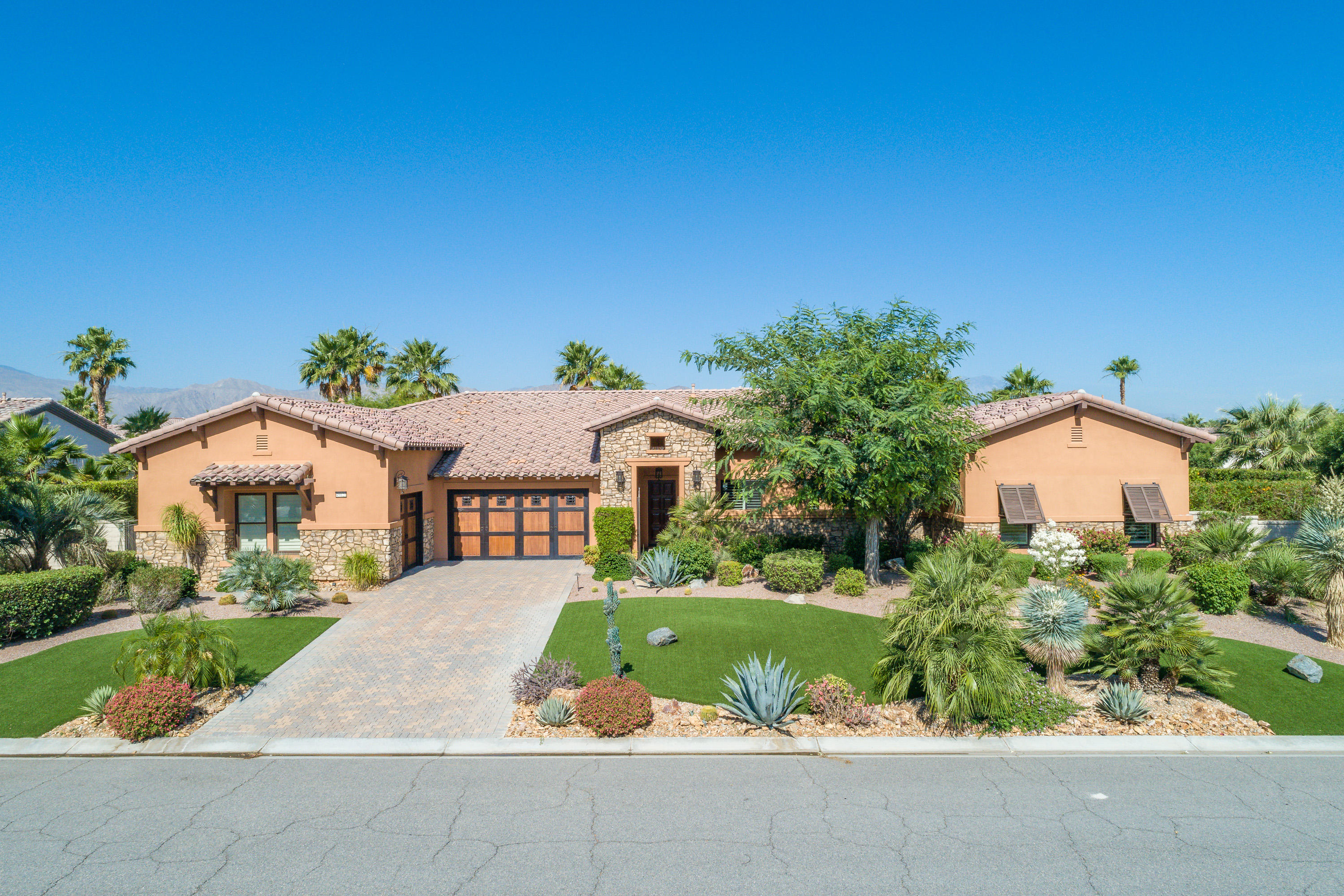 Photo of 49121 Constitution Drive, Indio, CA 92201