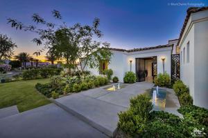 Property for sale at 80680 Via Portofino, La Quinta,  California 92253