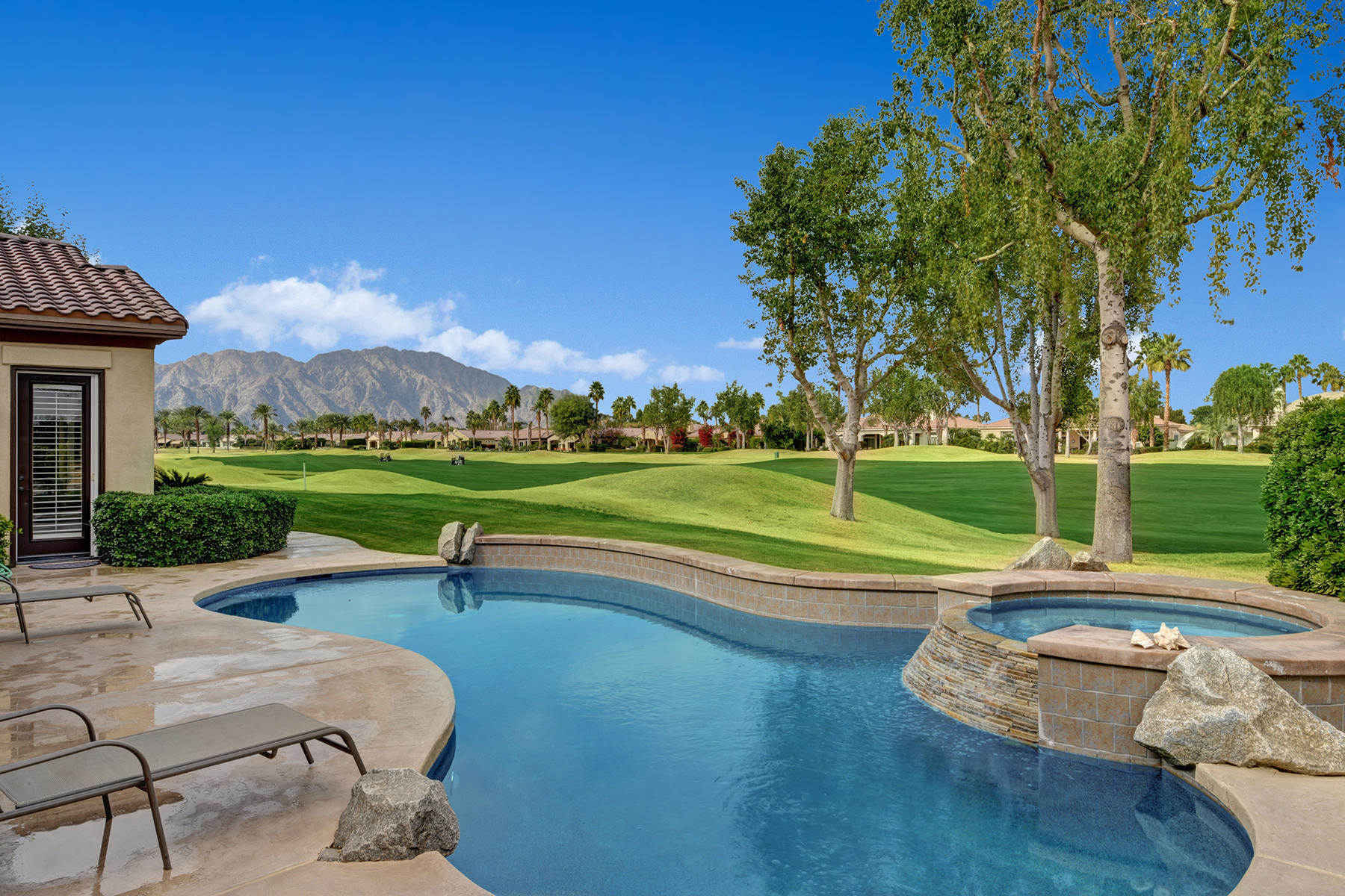 81310 Golf View Drive, La Quinta, California 92253, 4 Bedrooms Bedrooms, ,5 BathroomsBathrooms,Residential,For Sale,81310 Golf View Drive,219043601