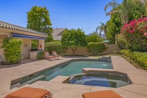 6 Bentley Road, Rancho Mirage, CA 92270