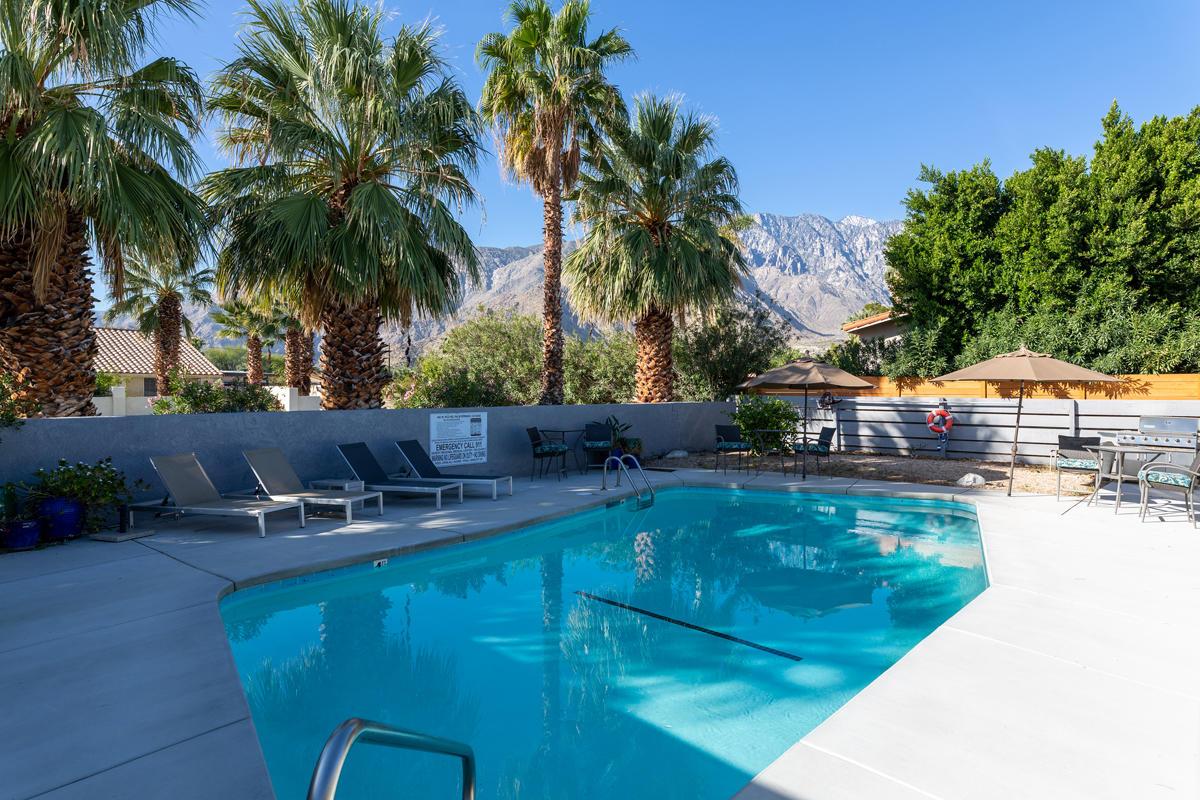 Photo of 482 W Pico Road, Palm Springs, CA 92262
