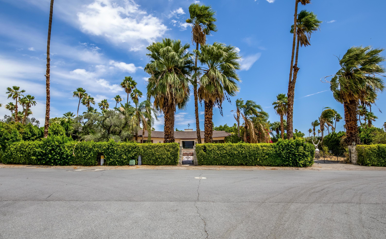 Photo of 322 Camino Norte, Palm Springs, CA 92262