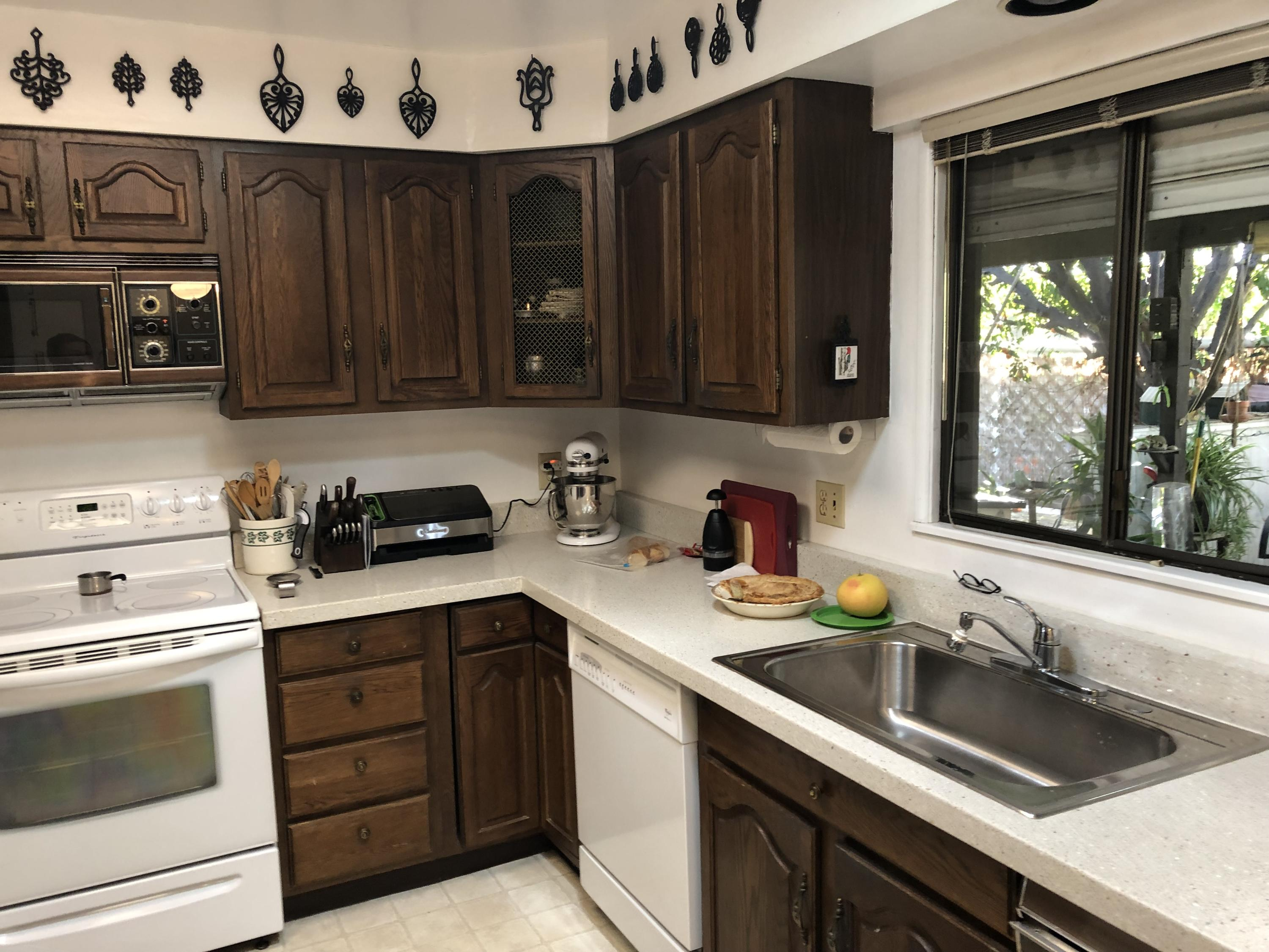 459 Cerritos Way, Cathedral City, California 92234, 2 Bedrooms Bedrooms, ,2 BathroomsBathrooms,Manufactured in park,For Sale,459 Cerritos Way,219044543