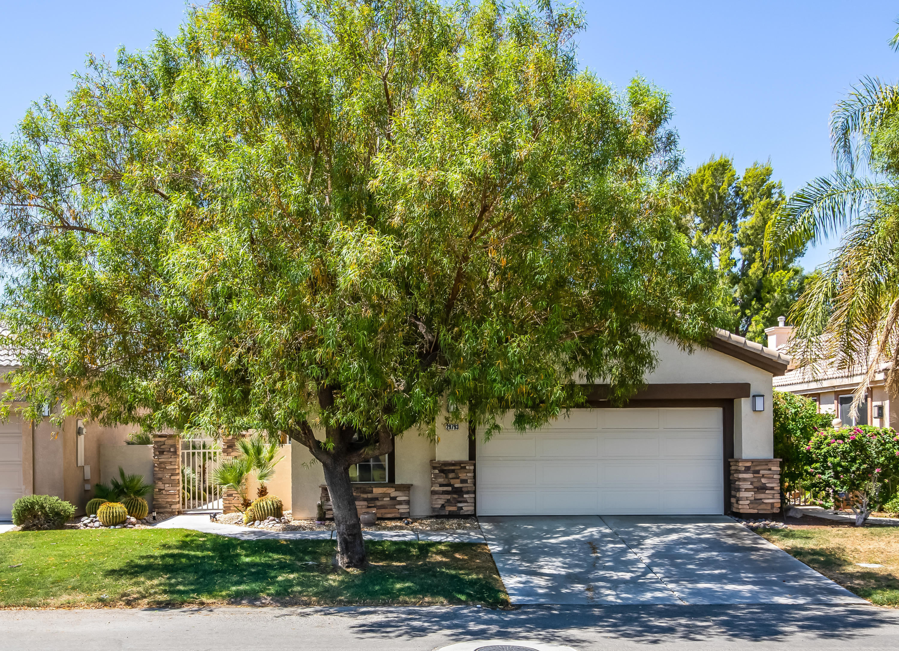 29793 W Laguna Drive, Cathedral City, California 92234, 2 Bedrooms Bedrooms, ,3 BathroomsBathrooms,Residential,For Sale,29793 W Laguna Drive,219044036