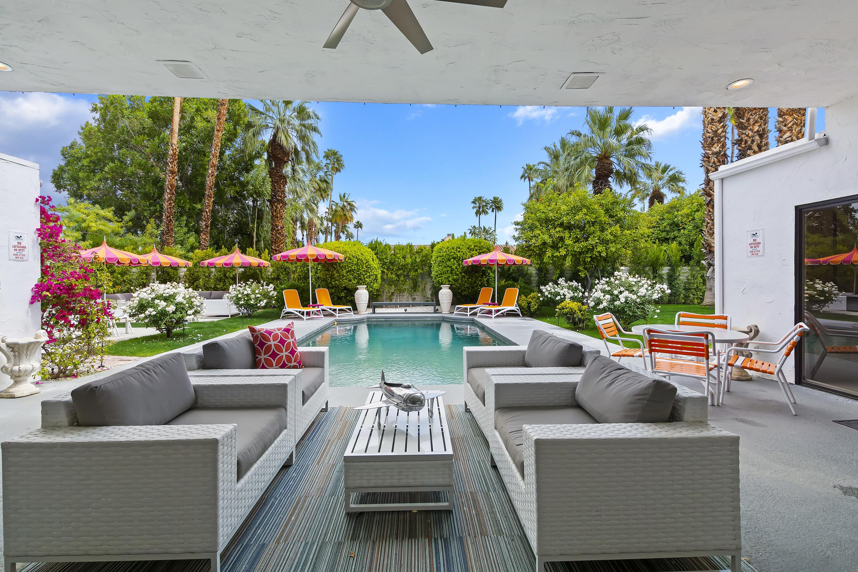 Photo of 560 N Phillips Road, Palm Springs, CA 92262