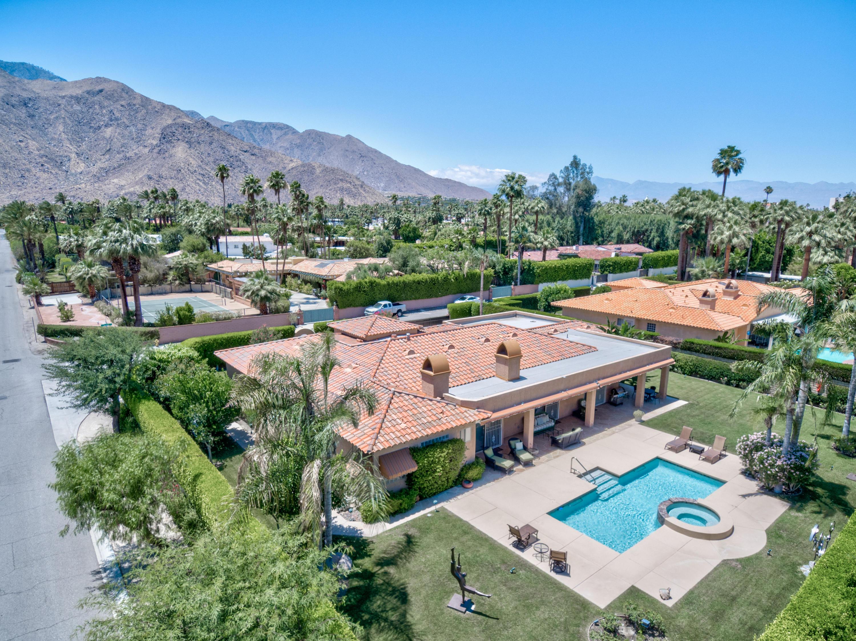 Photo of 824 N Avenida Palmas, Palm Springs, CA 92262
