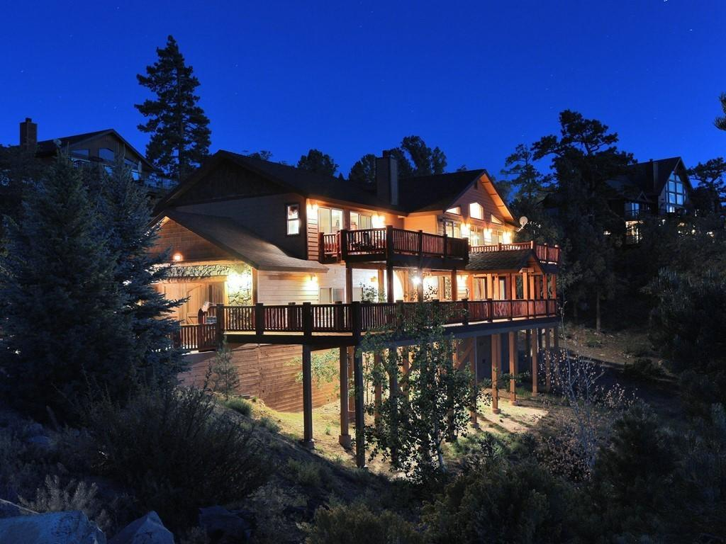 Photo of 383 Springhill Place, Big Bear Lake, CA 92315