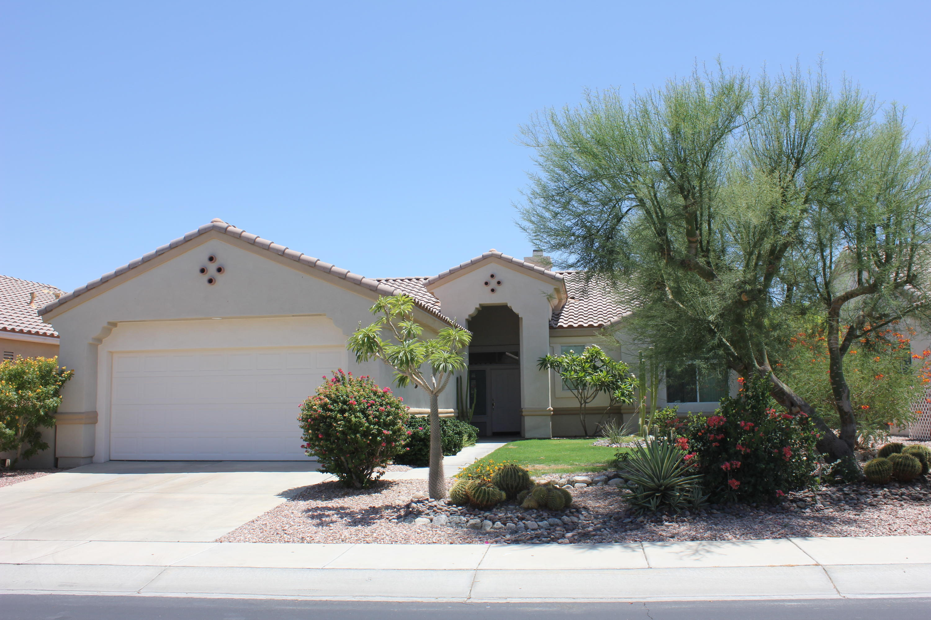 Photo of 78725 Moonstone Lane, Palm Desert, CA 92211