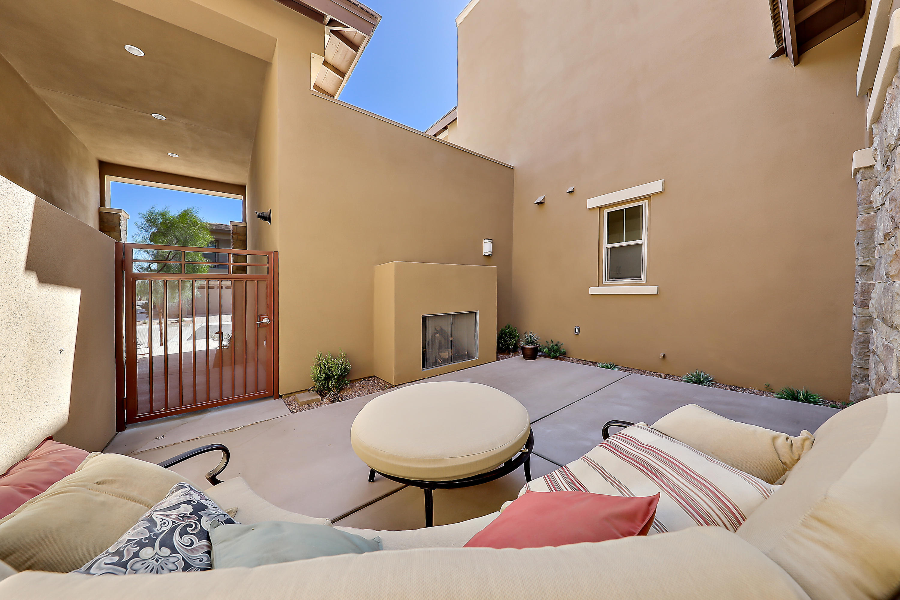 1601 Retreat Circle, Palm Desert, California 92260, 2 Bedrooms Bedrooms, ,3 BathroomsBathrooms,Residential,For Sale,1601 Retreat Circle,219045439