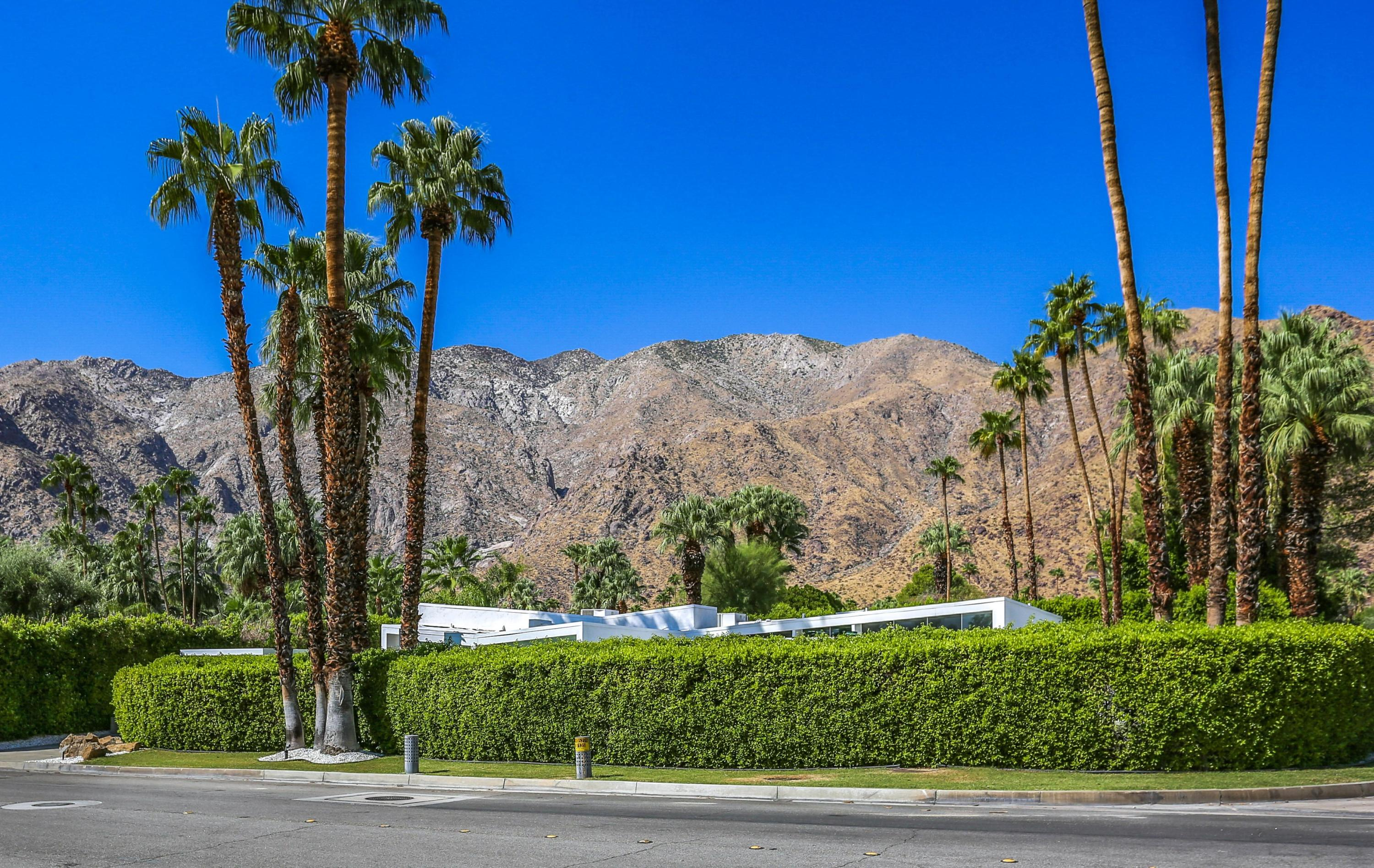 Photo of 1295 N Via Monte Vista, Palm Springs, CA 92262