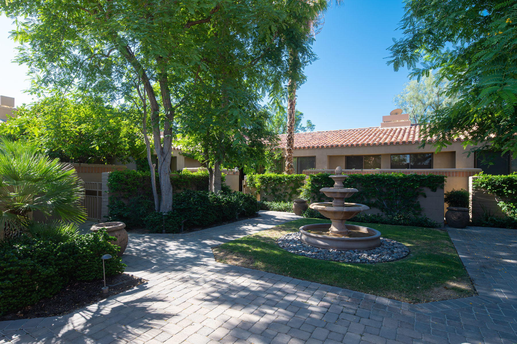 74671 Arroyo Drive, Indian Wells, California 92210, 2 Bedrooms Bedrooms, ,3 BathroomsBathrooms,Residential,For Sale,74671 Arroyo Drive,219045583