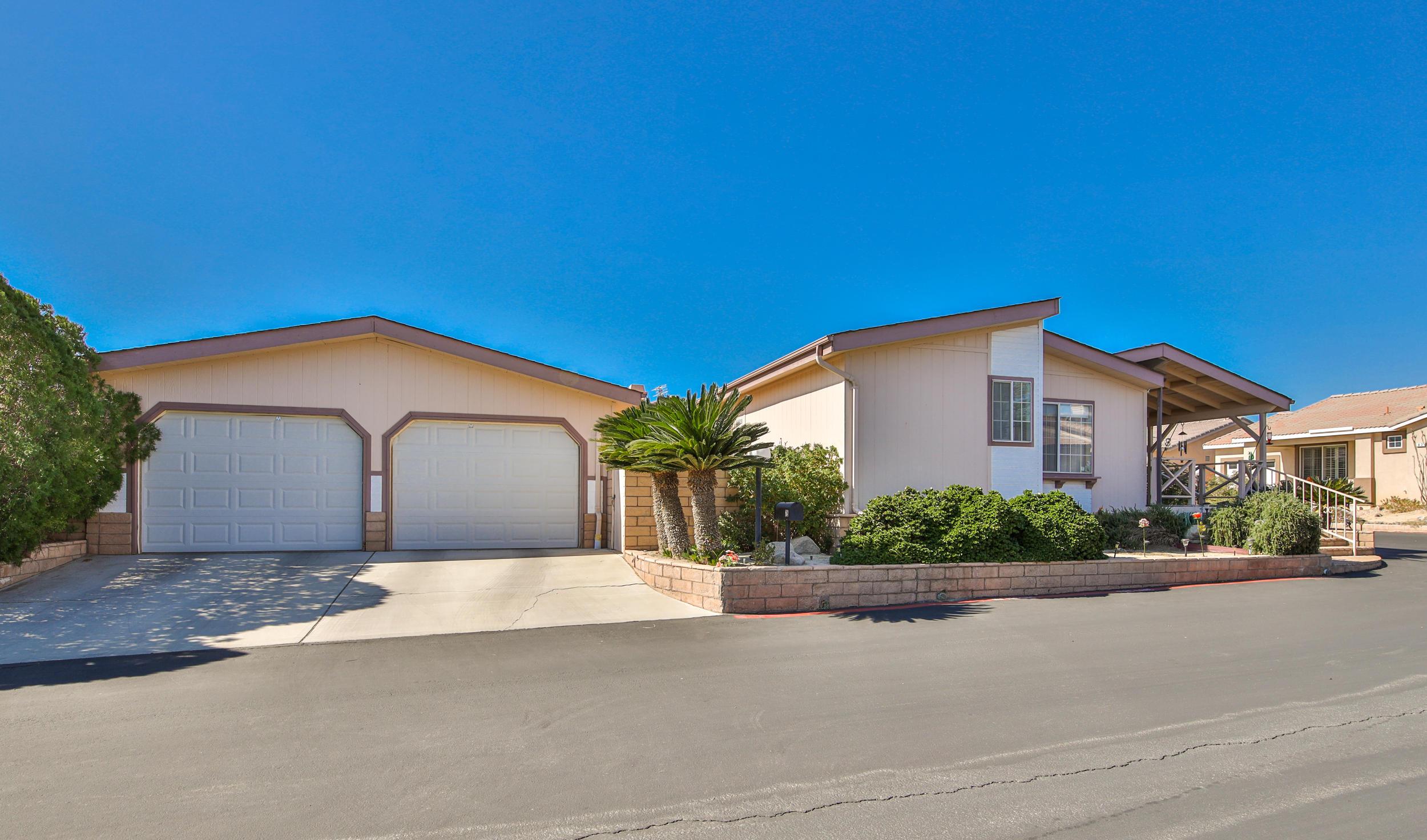 Photo of 65565 Acoma Avenue #75, Desert Hot Springs, CA 92240