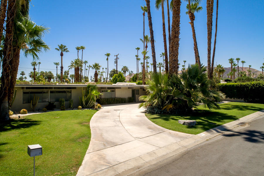 Photo of 1366 S Paseo De Marcia, Palm Springs, CA 92264