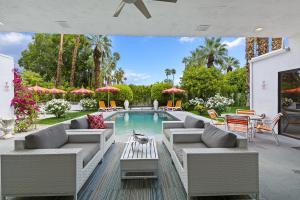 560 N Phillips Road, Palm Springs, CA 92262