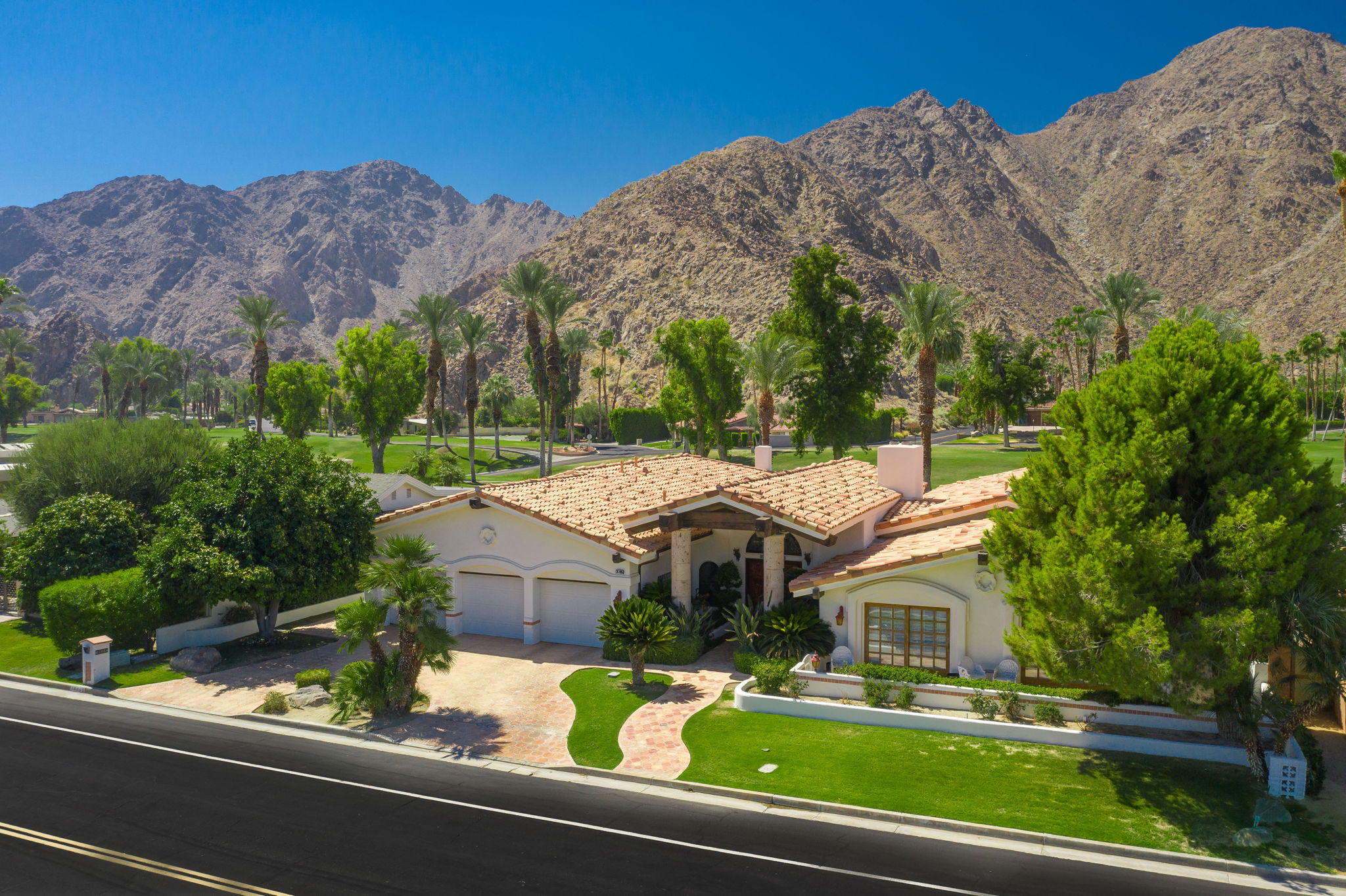 Photo of 76895 Iroquois Drive, Indian Wells, CA 92210