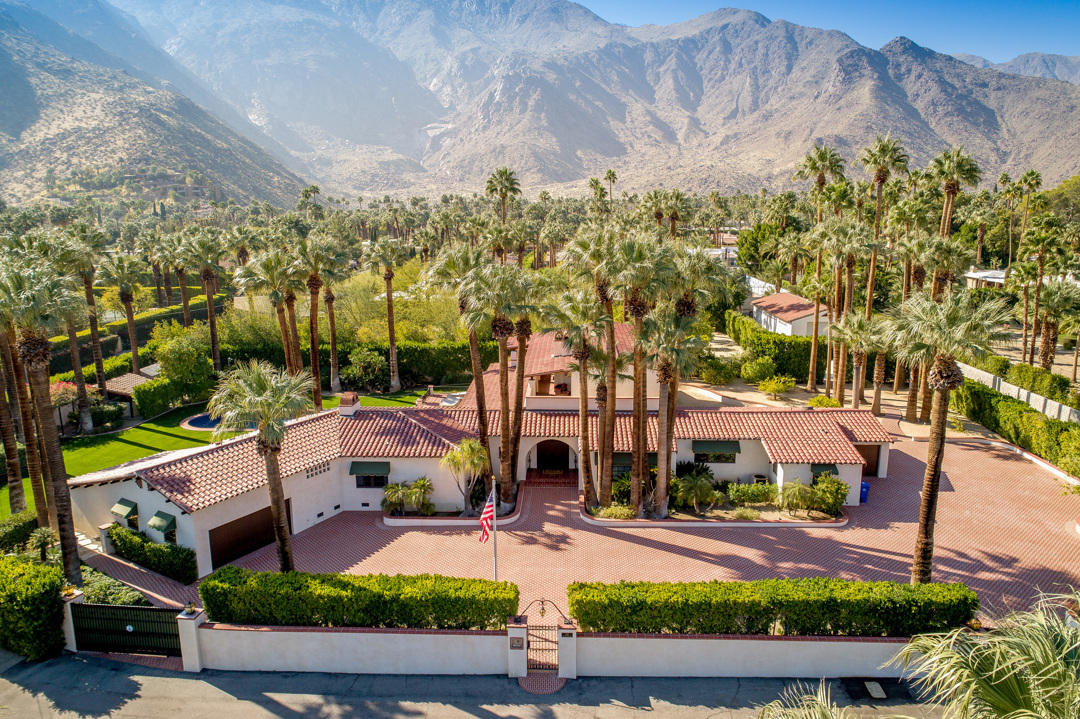 Photo of 735 N Prescott Drive, Palm Springs, CA 92262