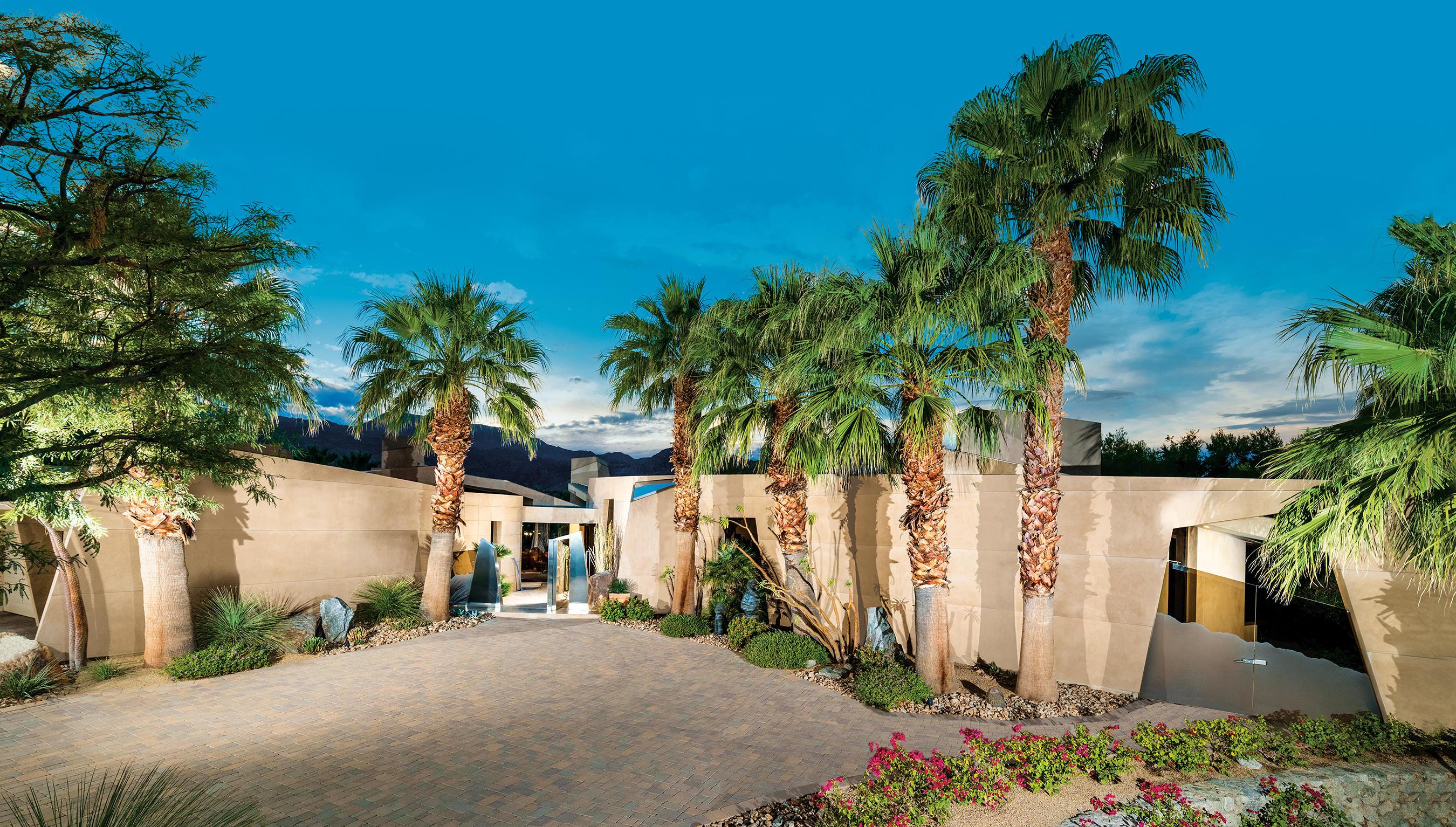 912 Andreas Canyon Drive, Palm Desert, CA 92260
