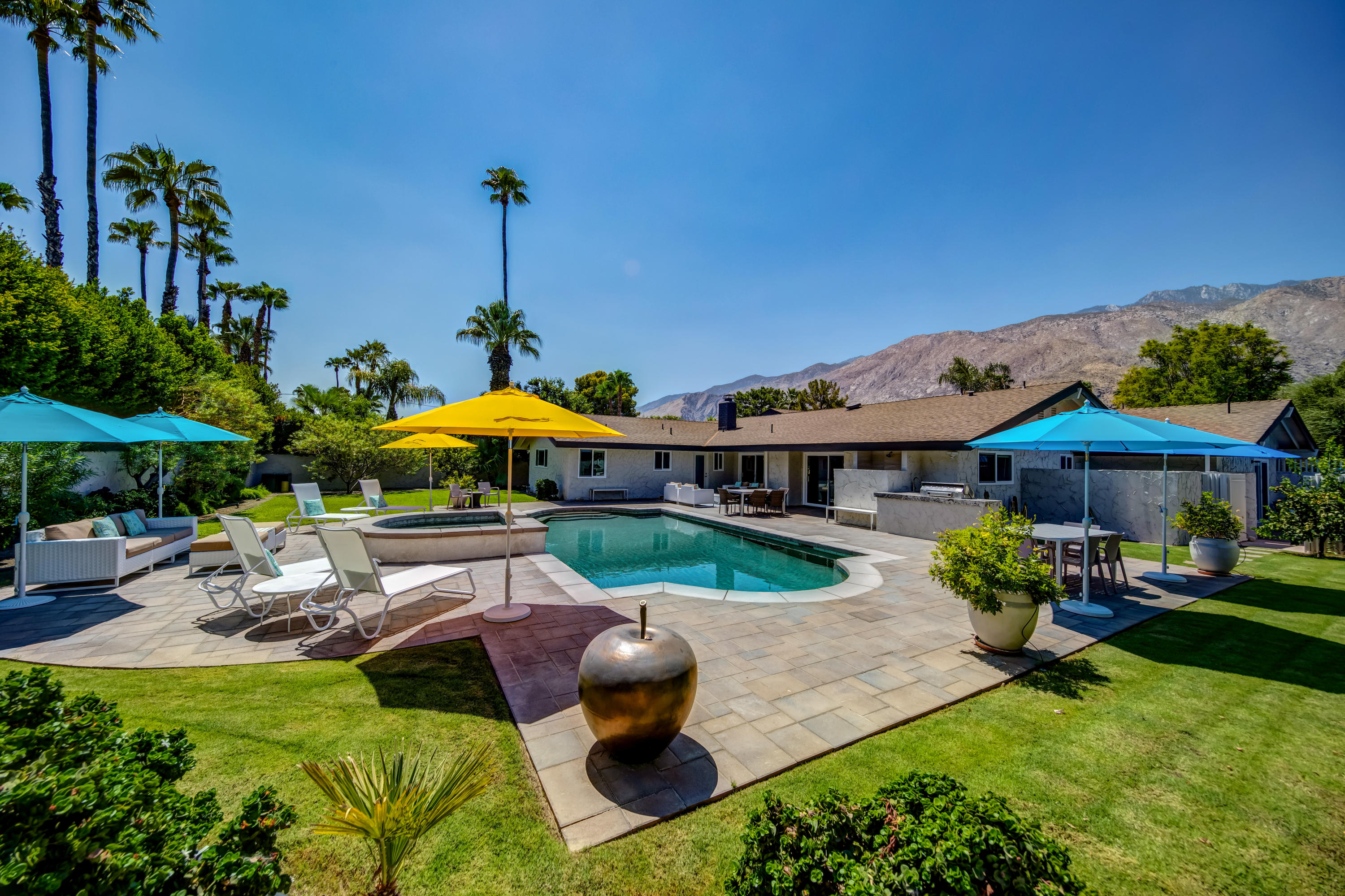 Photo of 540 N Phillips Road, Palm Springs, CA 92262