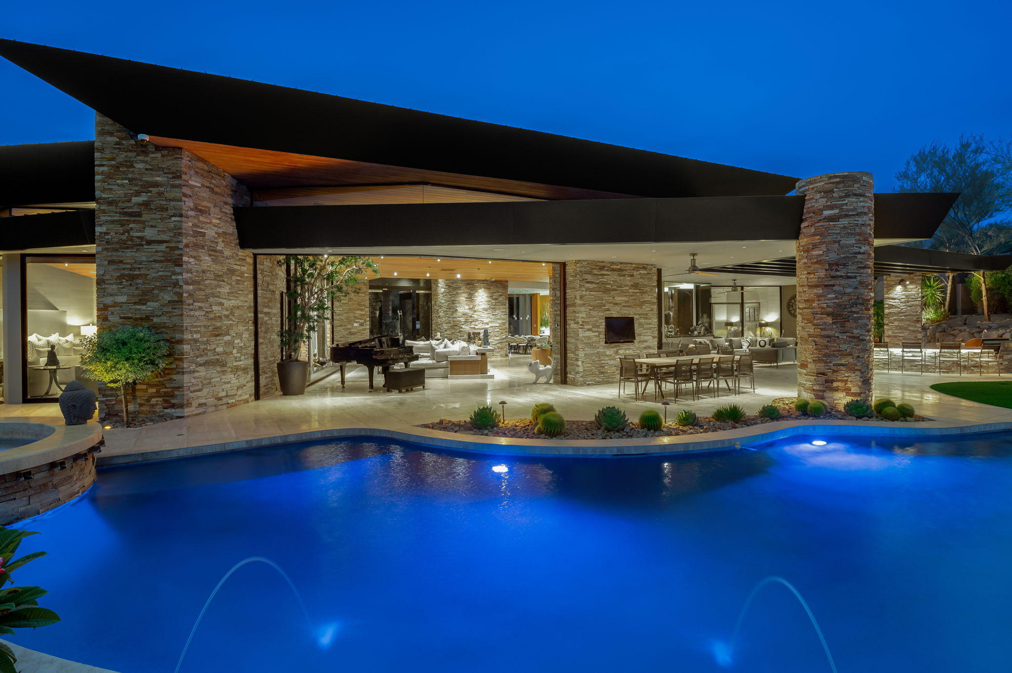 Photo of 952 Andreas Canyon Drive, Palm Desert, CA 92260