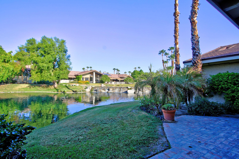 117 Lookout Drive, Palm Desert, CA 92211