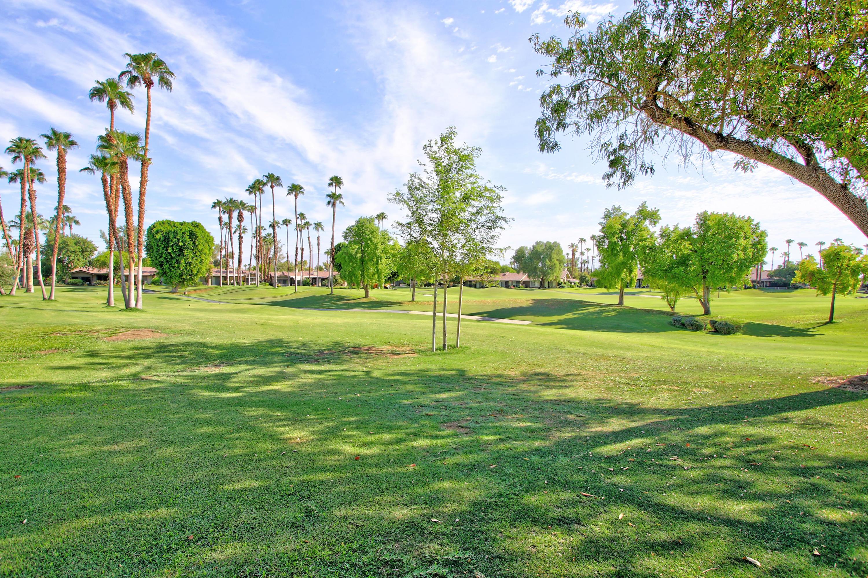 76 Lookout Drive, Palm Desert, CA 92211