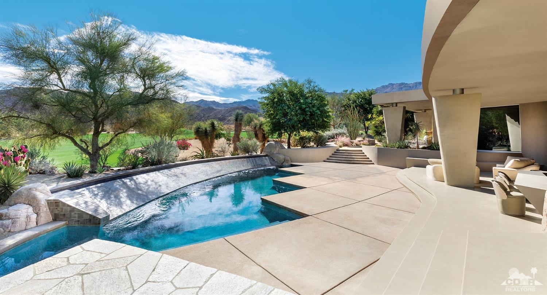 519 Mesquite Hills, Palm Desert, CA 92260