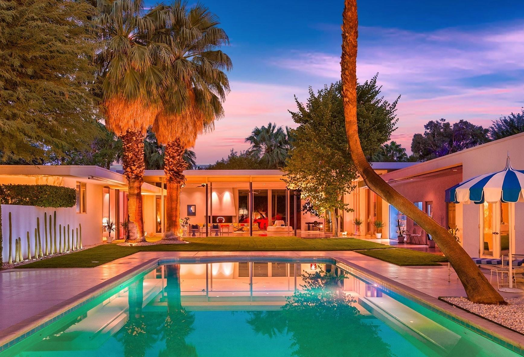 Photo of 650 E Tachevah Drive, Palm Springs, CA 92262