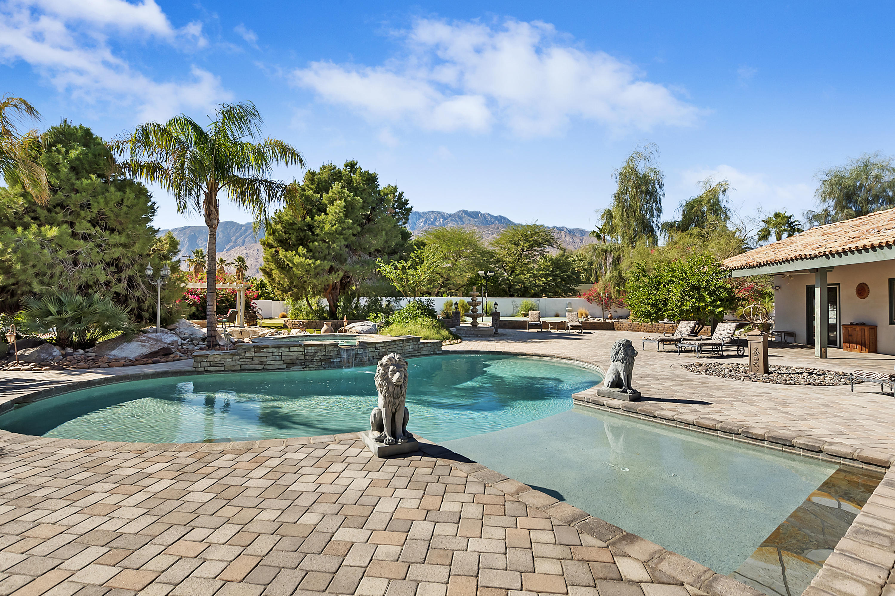 Photo of 2875 E Baristo Road, Palm Springs, CA 92262
