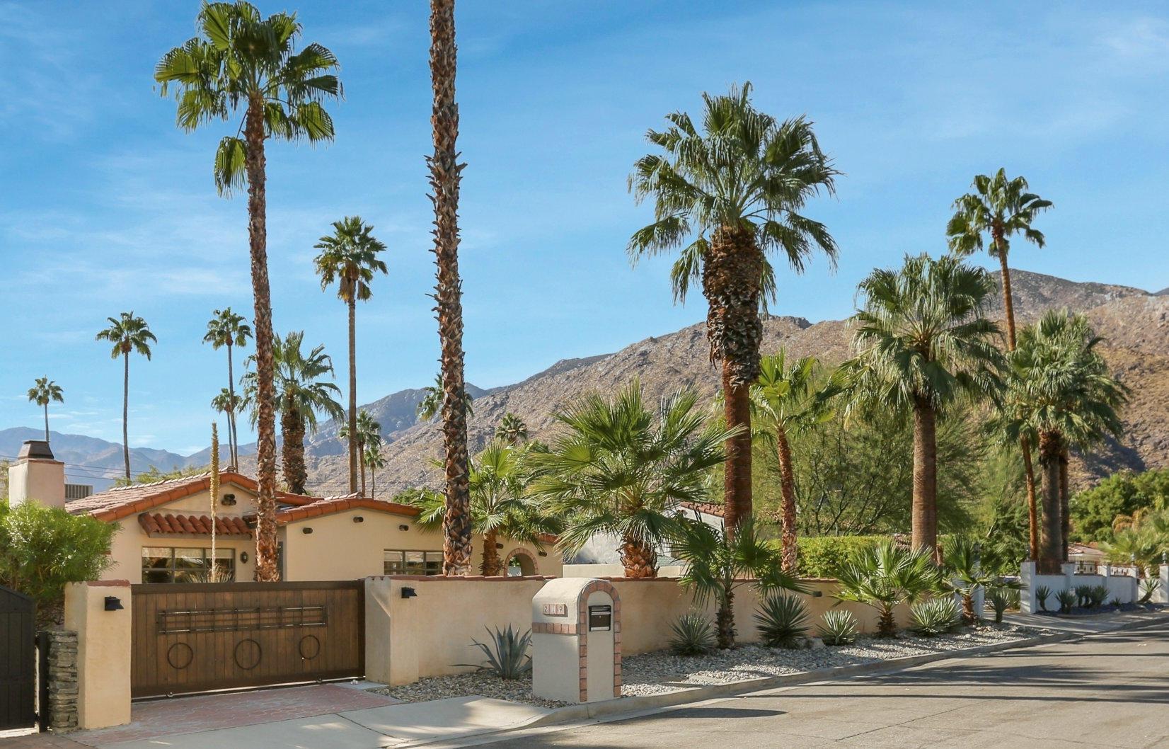 Photo of 219 E Palo Verde Avenue, Palm Springs, CA 92264