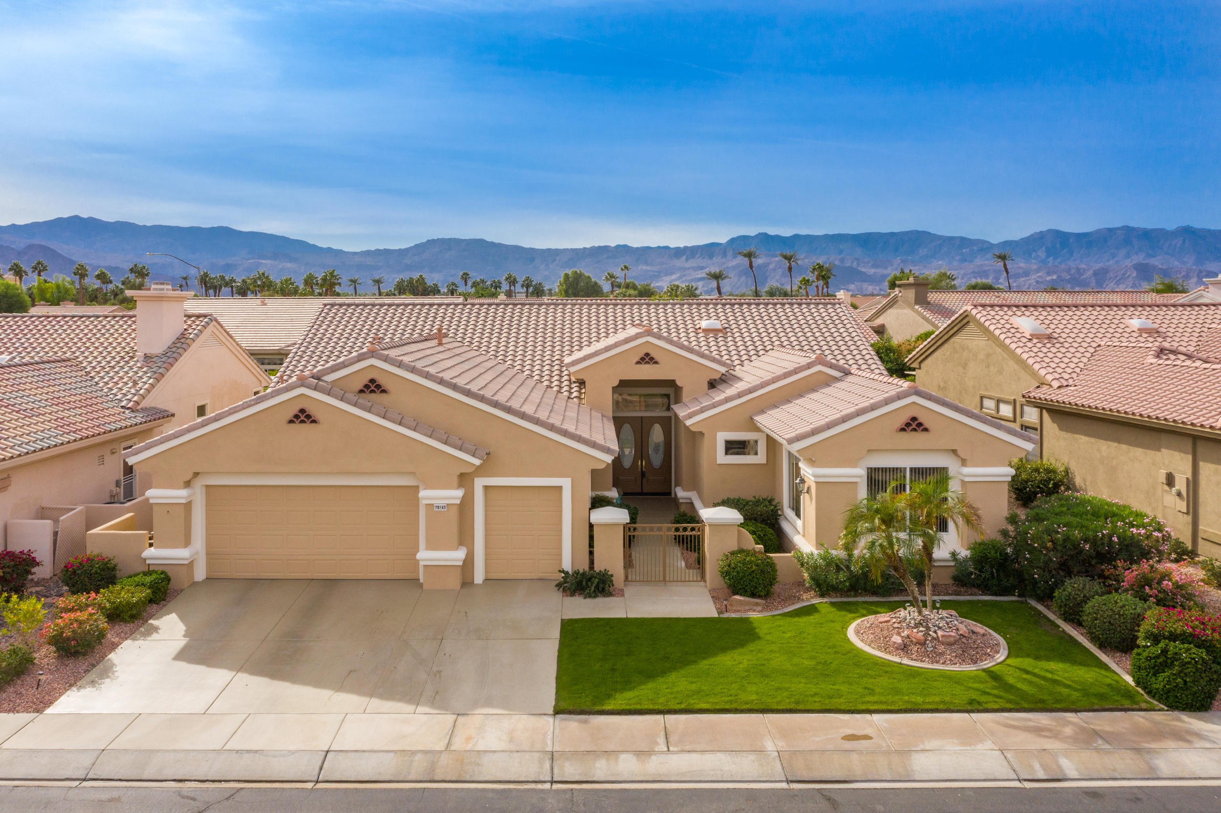 Photo of 78143 Foxbrook Lane, Palm Desert, CA 92211