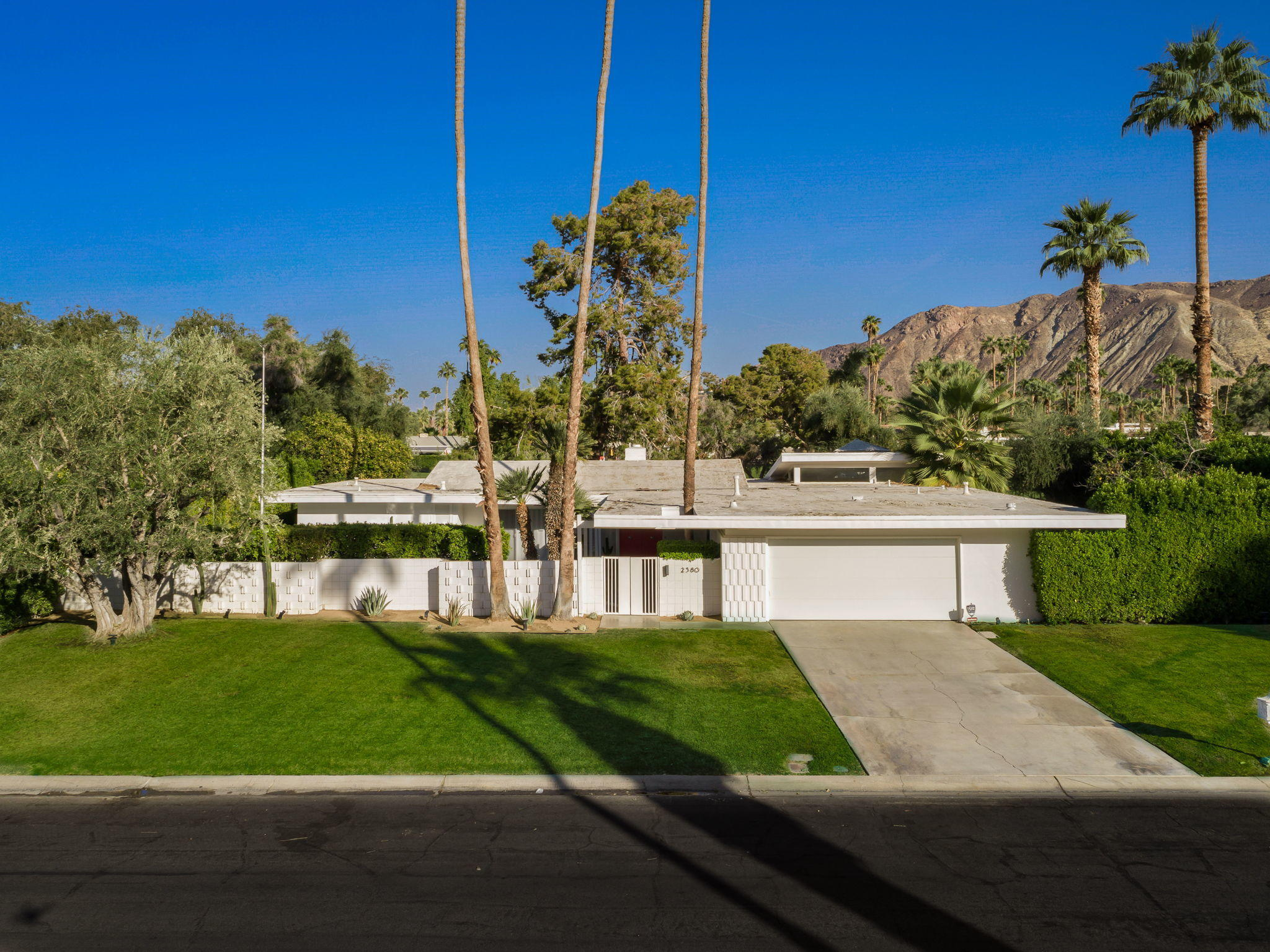 Photo of 2380 S Calle Palo Fierro, Palm Springs, CA 92264