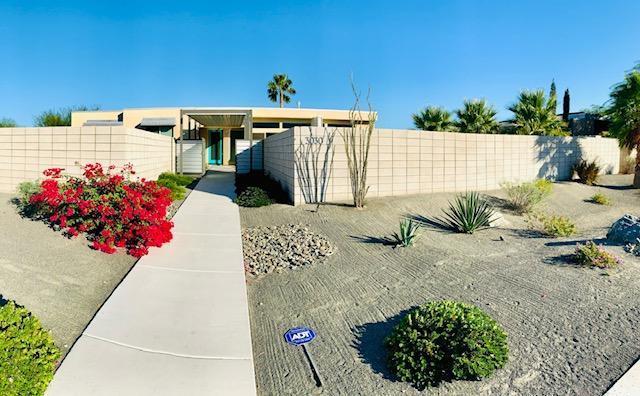 Photo of 3030 N Avenida Caballeros, Palm Springs, CA 92262