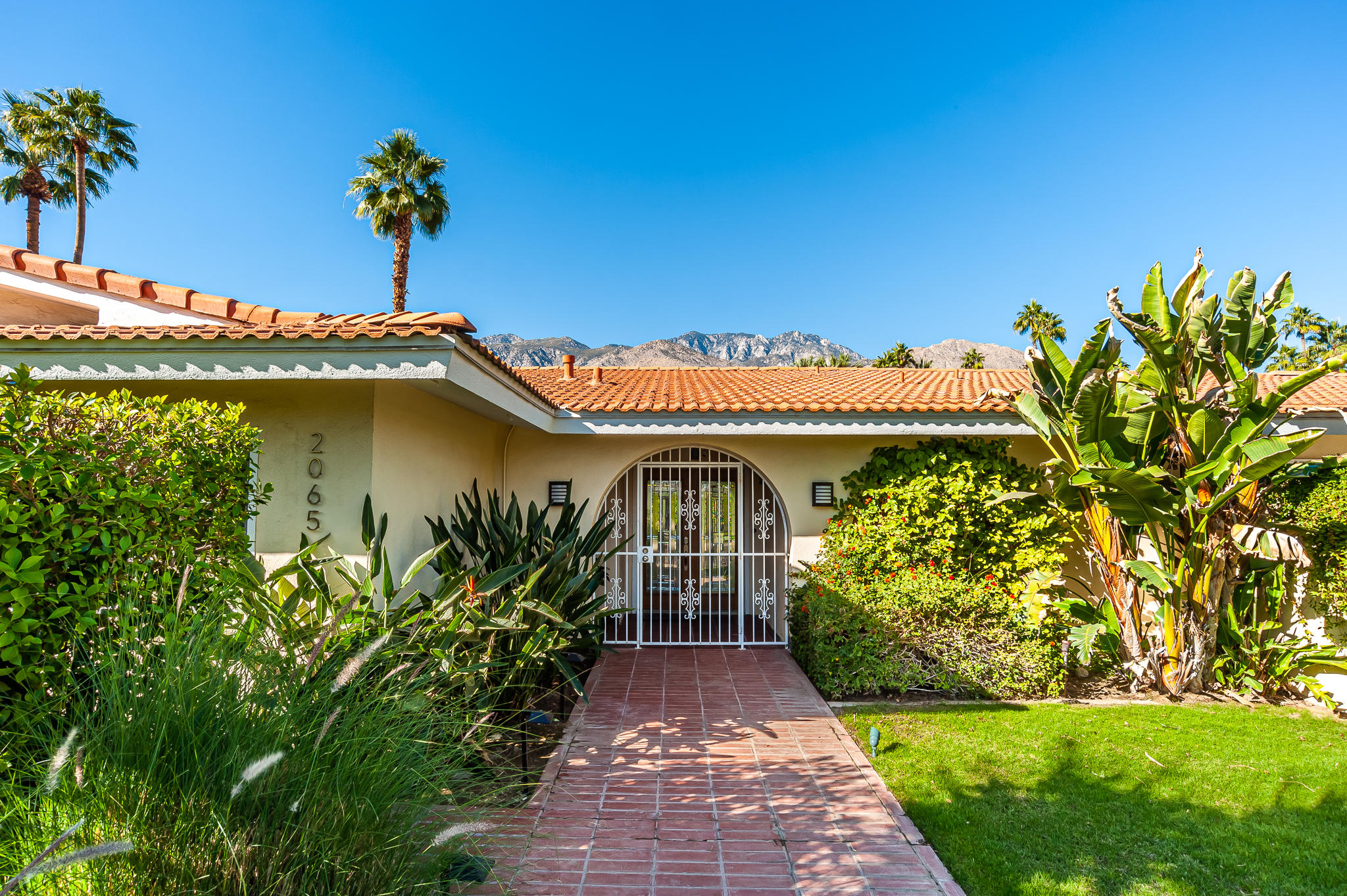 Photo of 2065 S Tulare Drive, Palm Springs, CA 92264