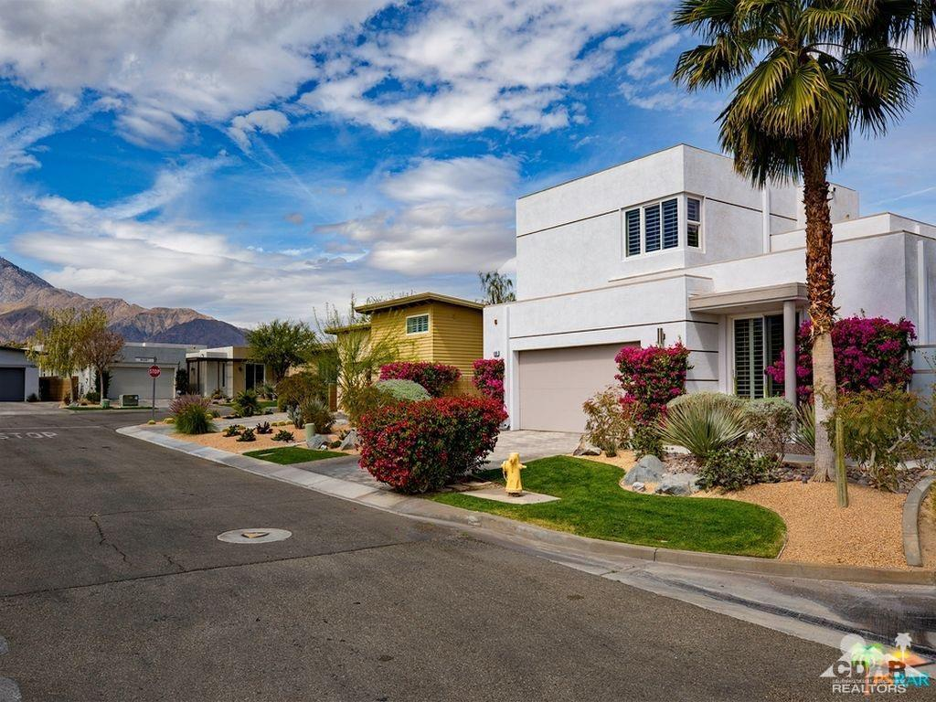 Photo of 4969 Davidson Way, Palm Springs, CA 92262