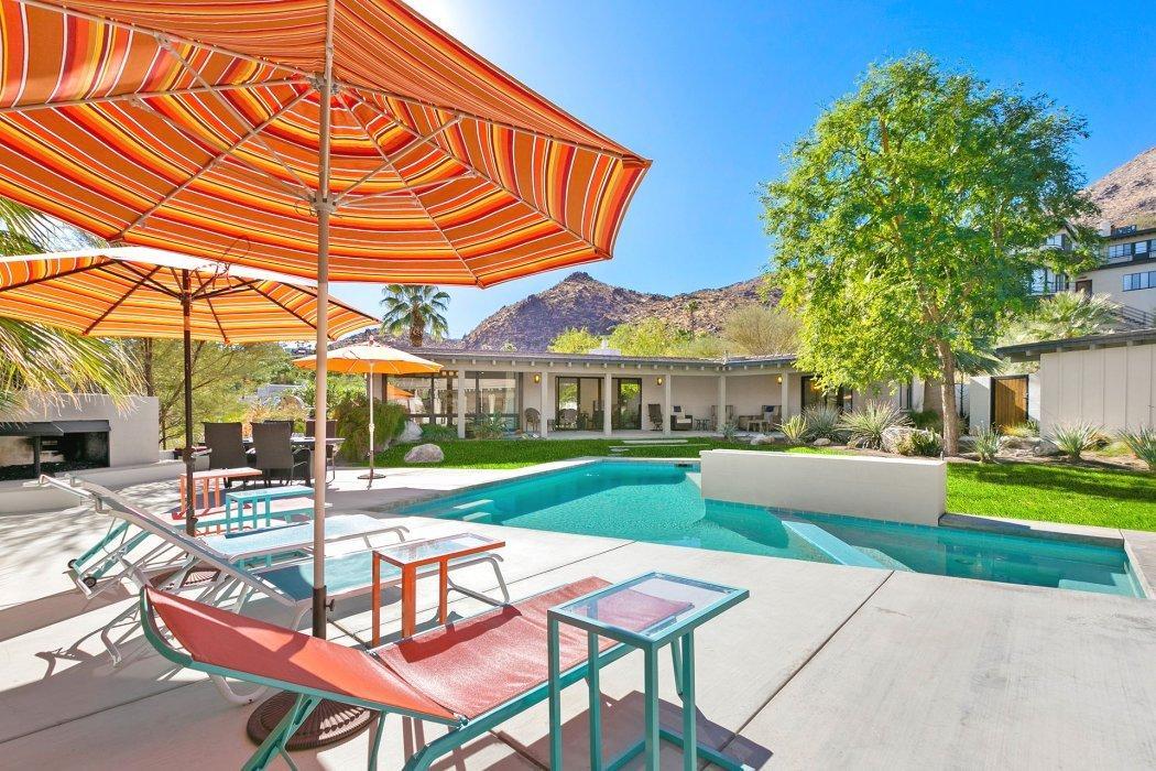 Photo of 295 W Camino Carmelita, Palm Springs, CA 92264