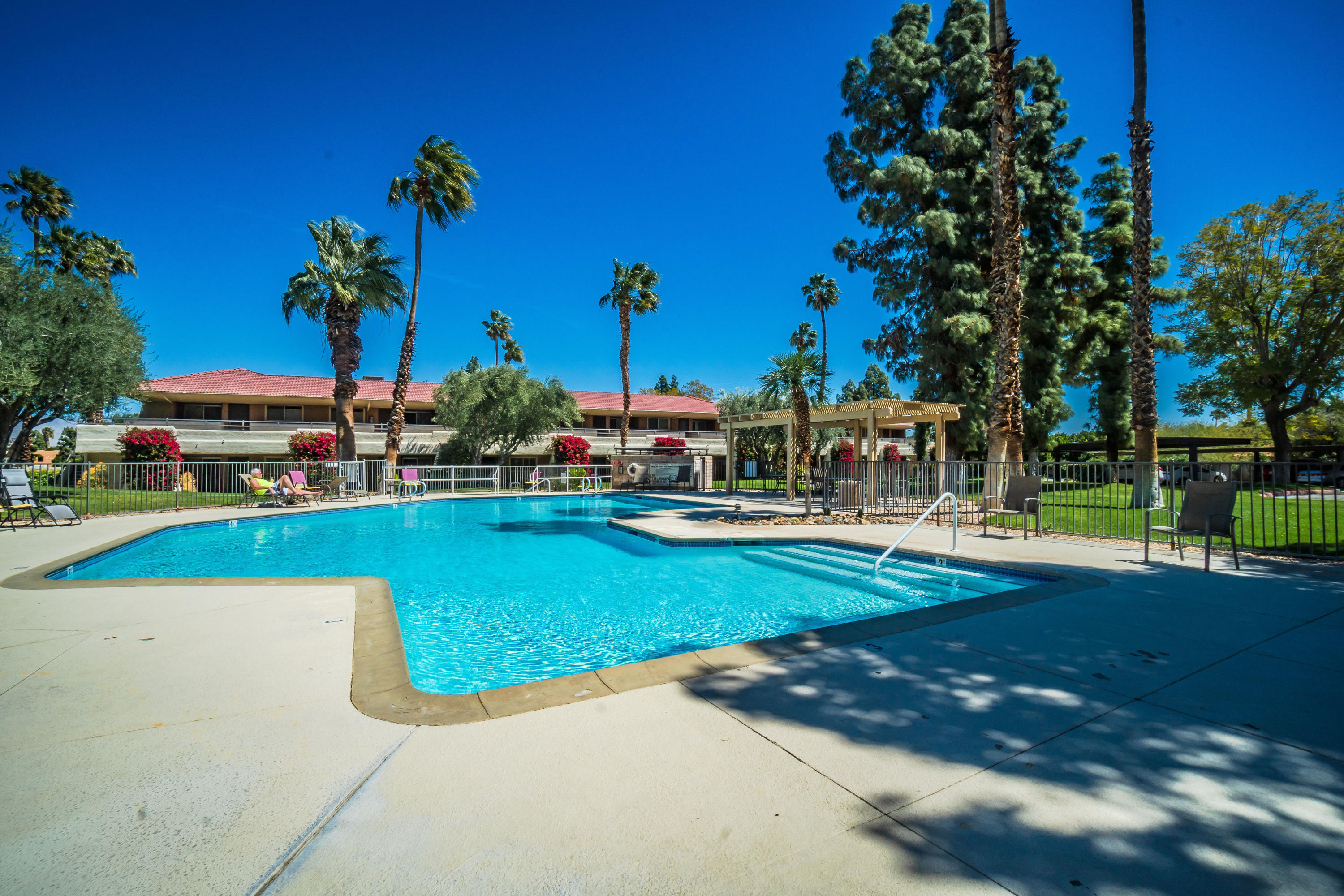 Photo of 510 N Villa Court #202, Palm Springs, CA 92262