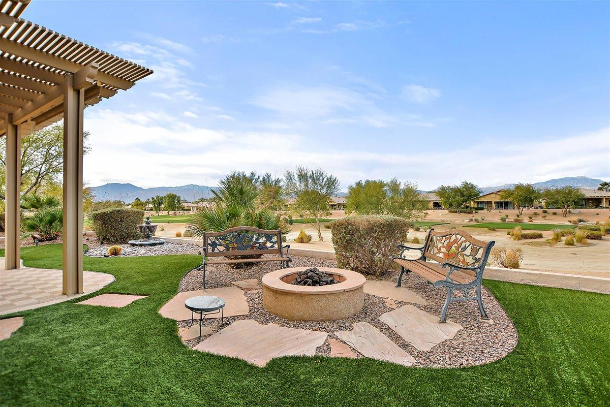 Check out this great Sorrano-Casita floor plan home.. On the Golf Course with Super Mountain Views. Lots of upscale upgrades and with a built in barbeque area. Nice size squre footage with Open floor plan.  The Casita is ready for Guest and has it's own coffee bar area and bathroom. Put this one on your must see list!!