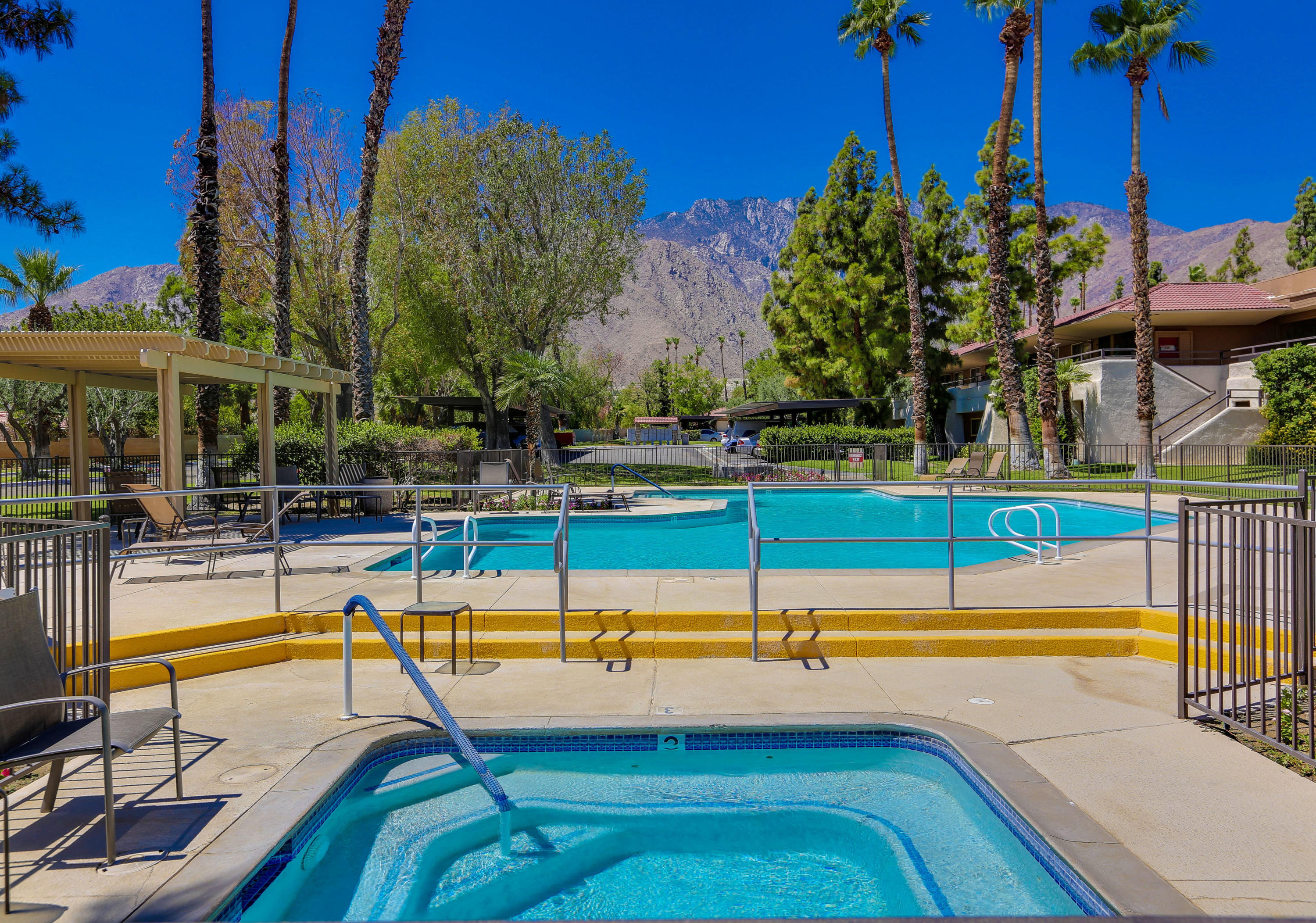 Photo of 550 N Villa Court #116, Palm Springs, CA 92262